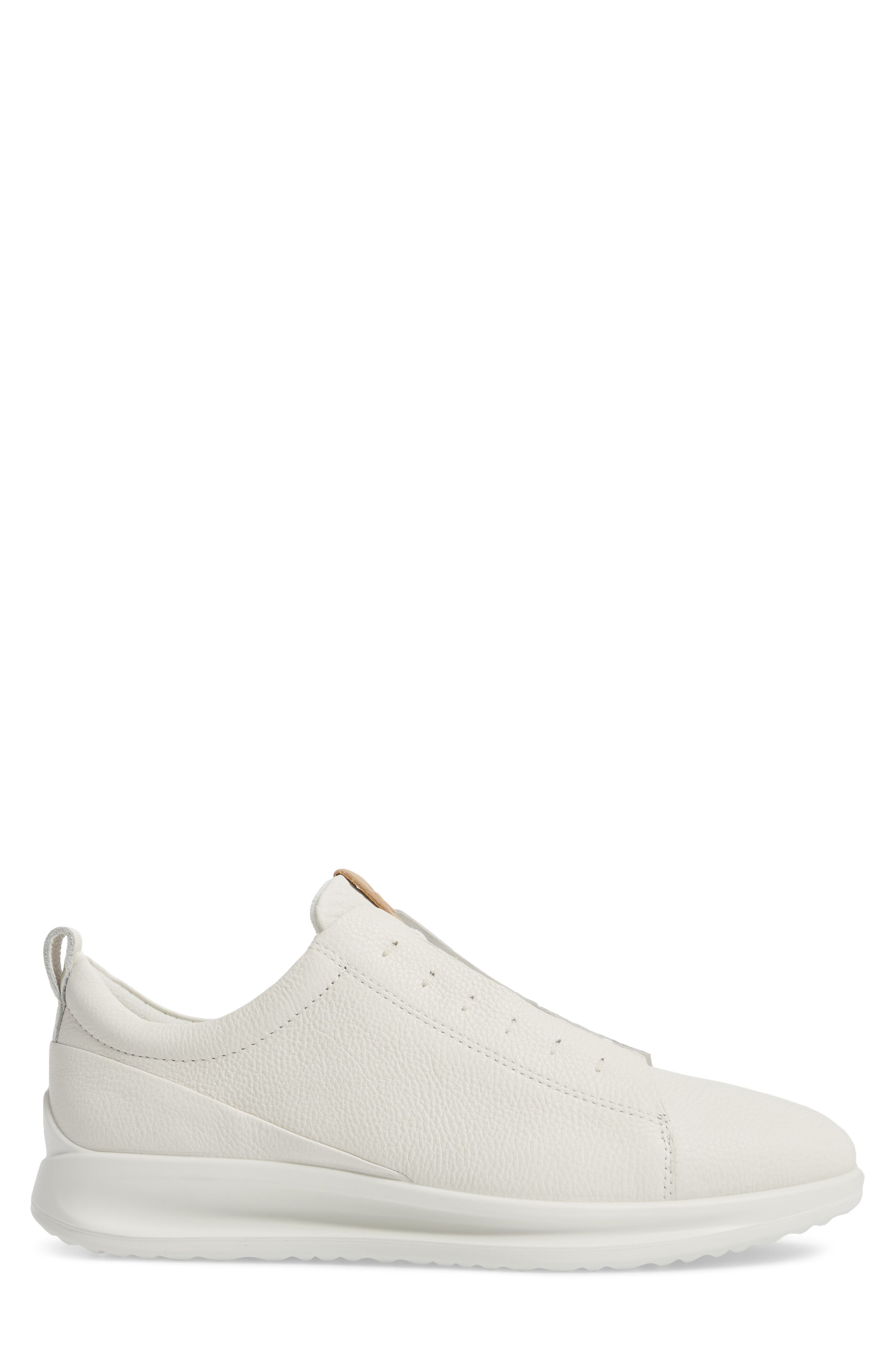 Aquet Low Top Sneaker,                             Alternate thumbnail 3, color,                             100