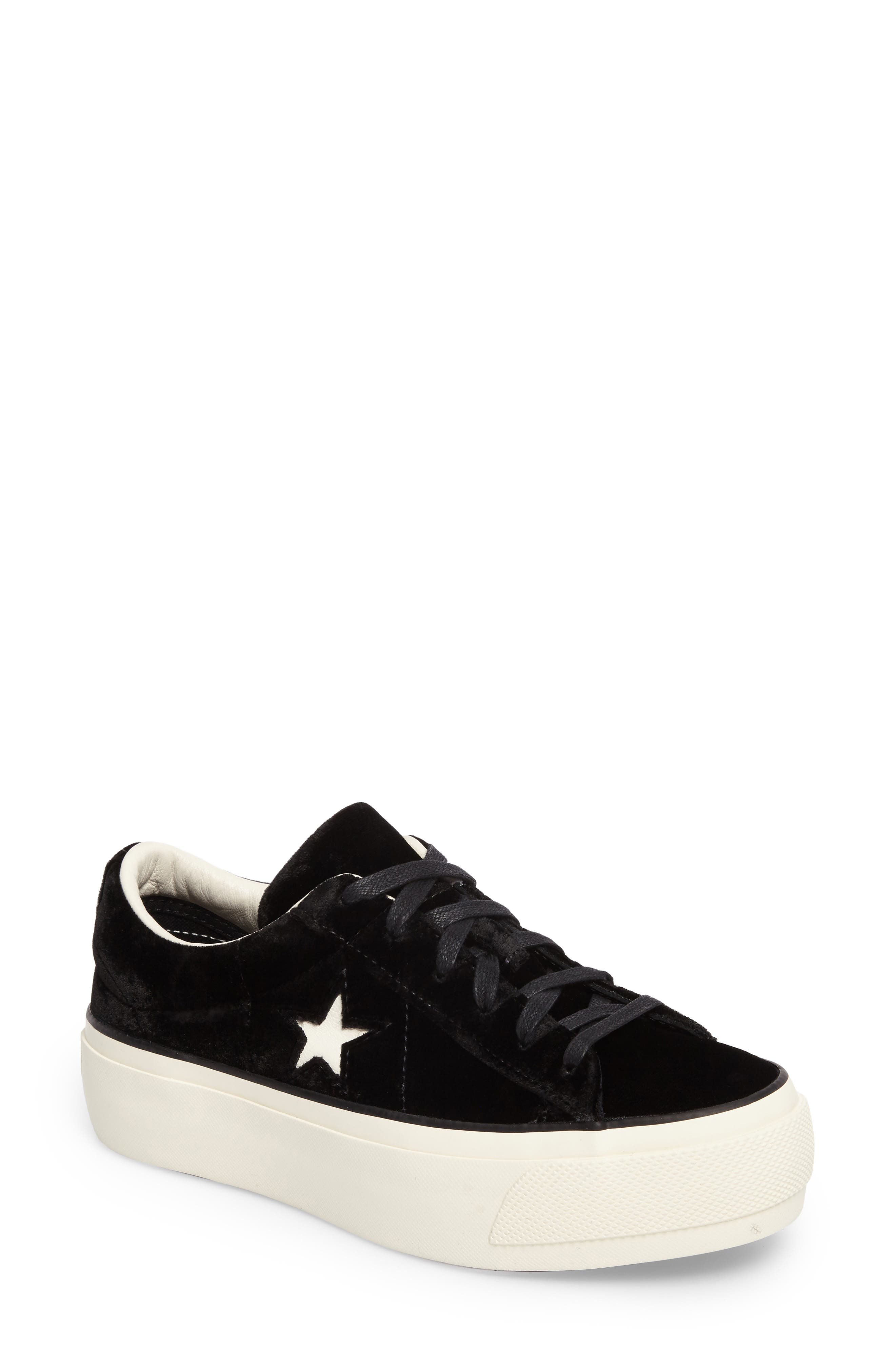 Chuck Taylor<sup>®</sup> One Star Platform Sneaker,                         Main,                         color, 001