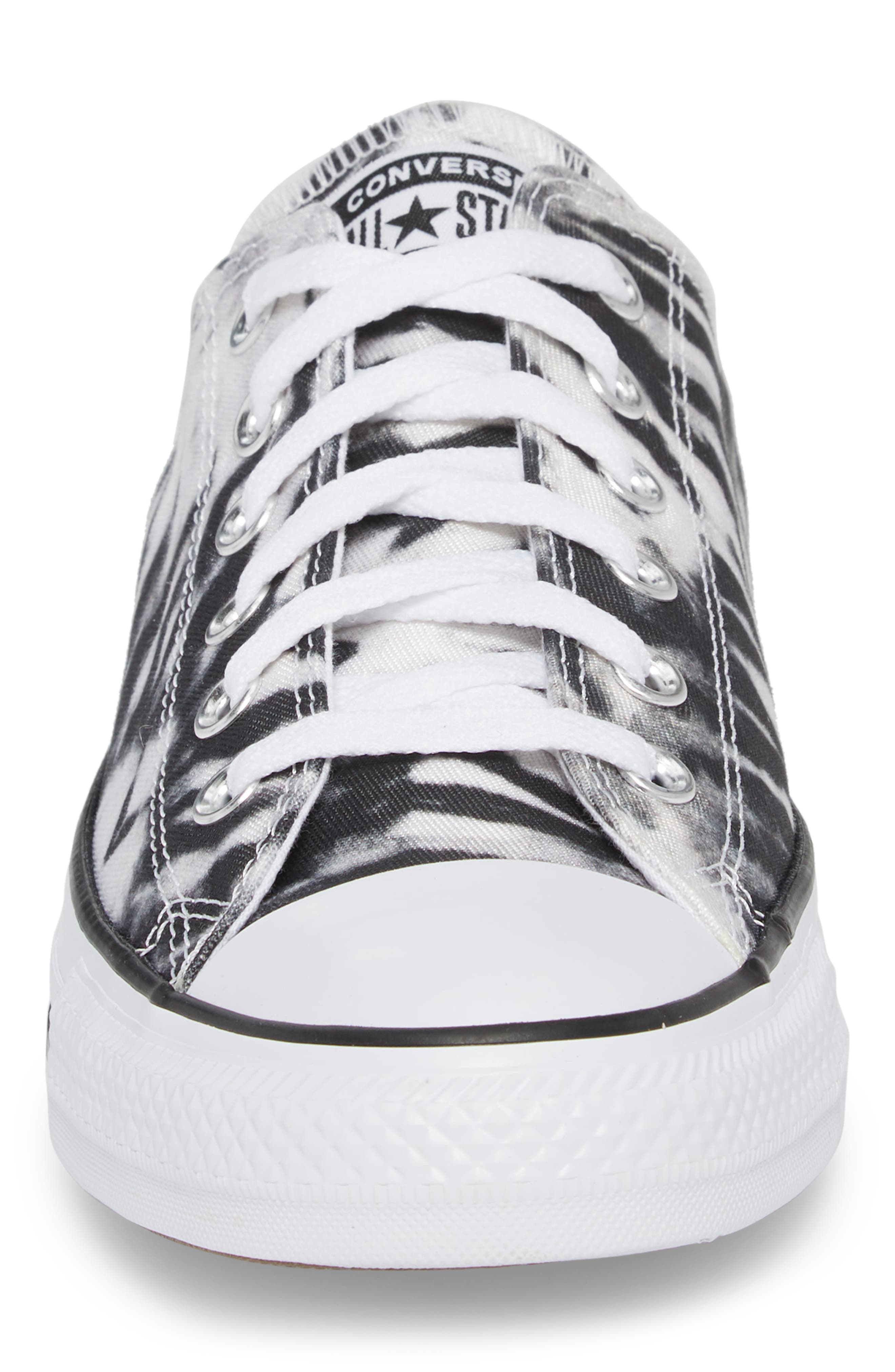 Chuck Taylor<sup>®</sup> All Star<sup>®</sup> Tie Dye Low Top Sneaker,                             Alternate thumbnail 4, color,                             001