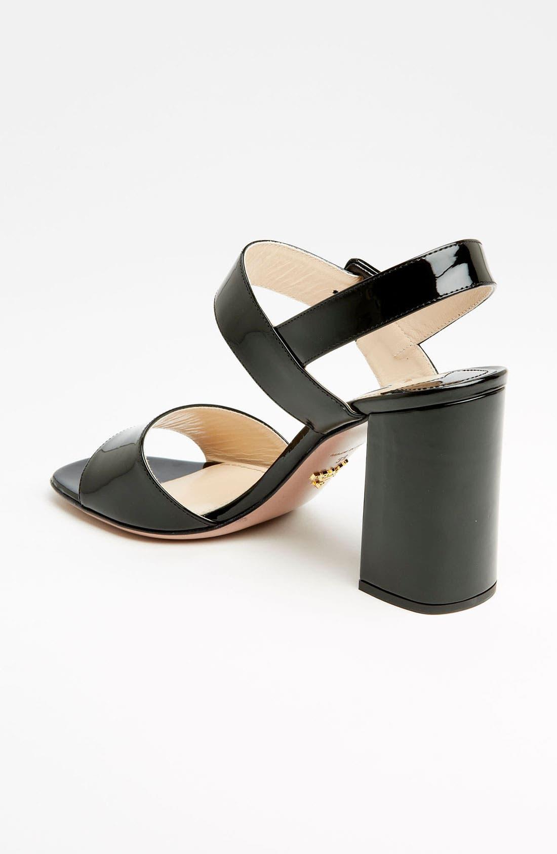 Two Strap Block Heel Sandal,                             Alternate thumbnail 4, color,                             001