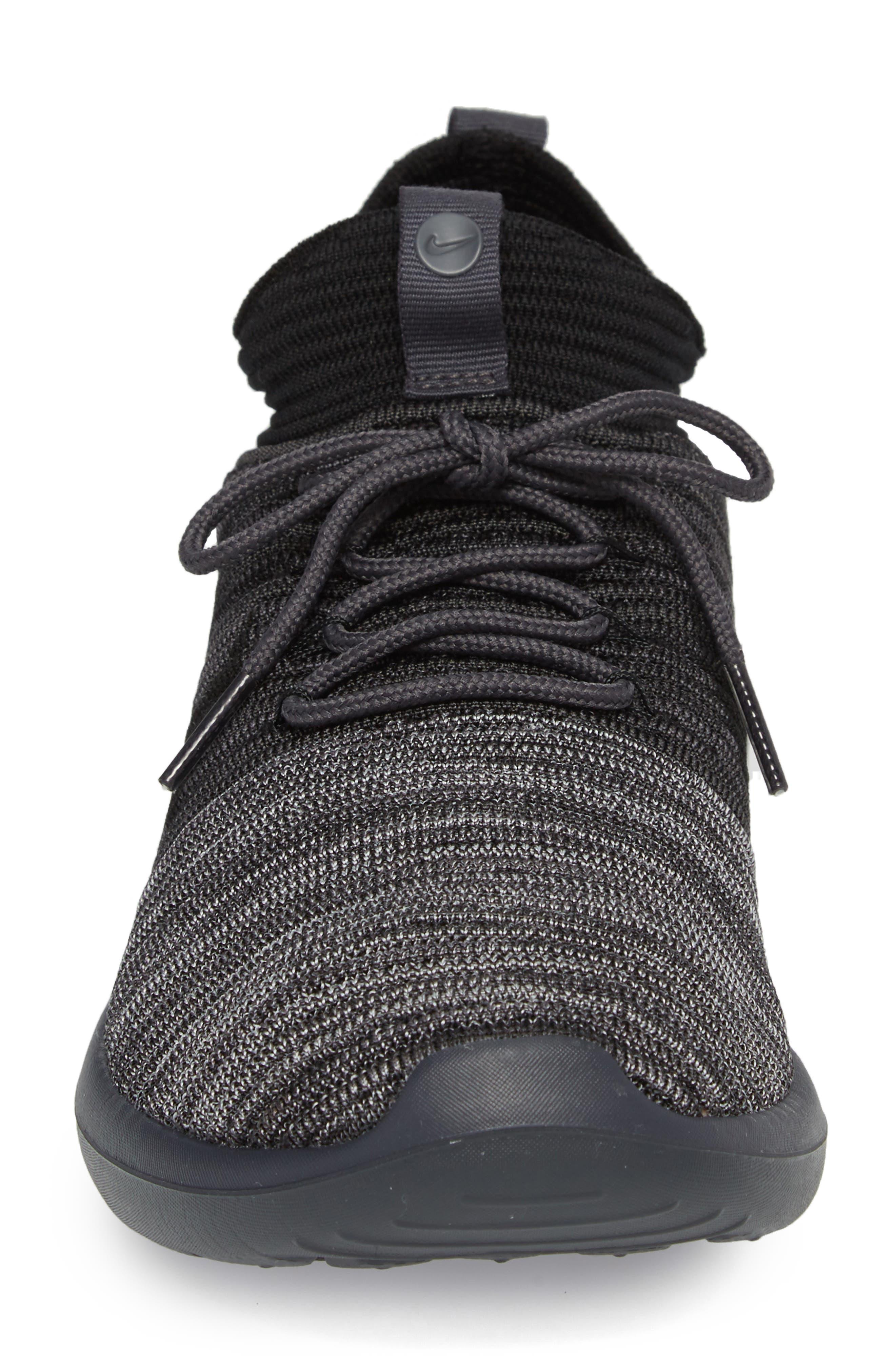 Roshe Two Flyknit V2 Sneaker,                             Alternate thumbnail 4, color,                             004