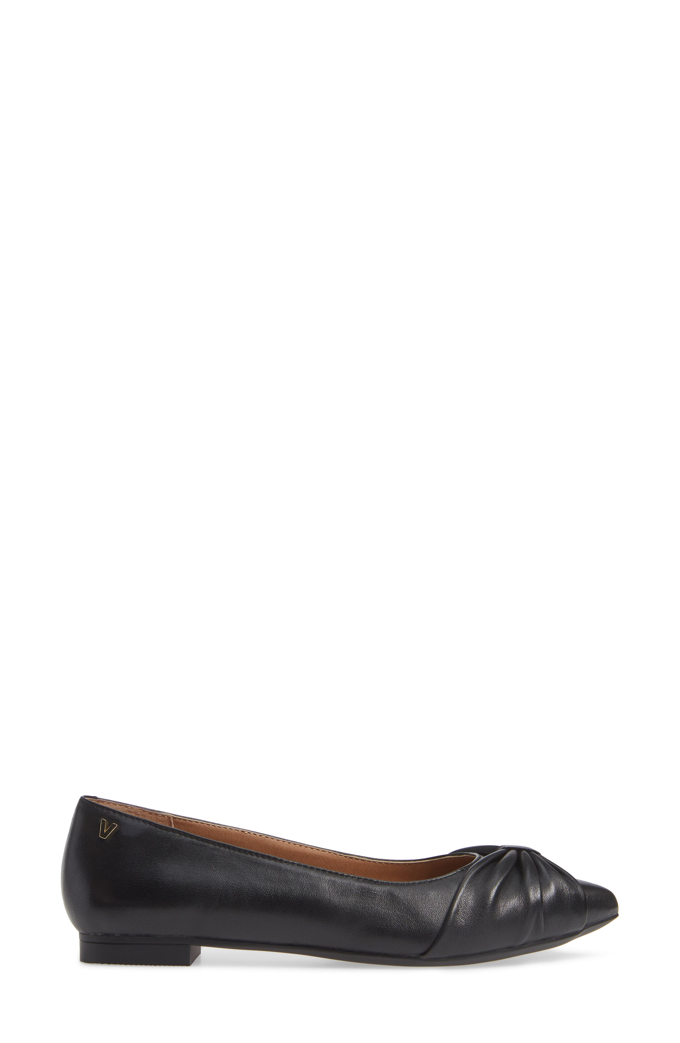 Gramercy Pointy Toe Flat,                             Alternate thumbnail 3, color,                             001