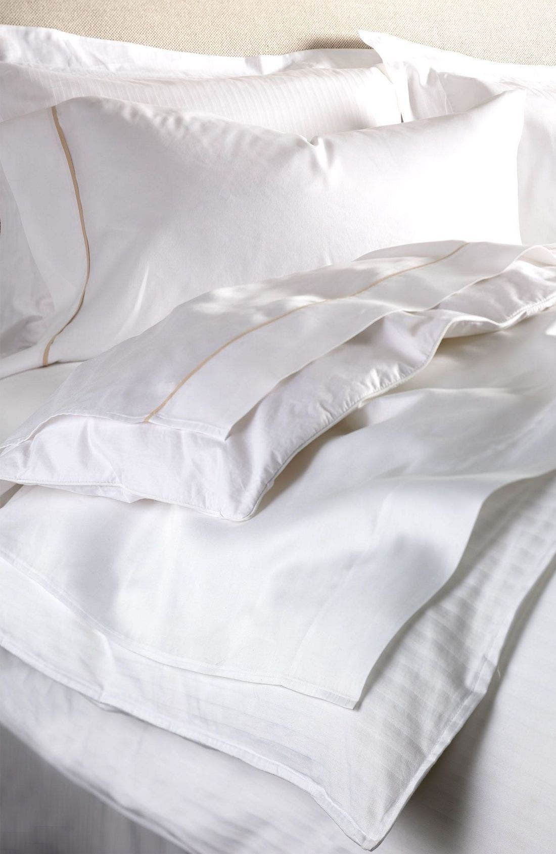 300 Thread Count Luxe Flat Sheet,                             Alternate thumbnail 3, color,                             WHI