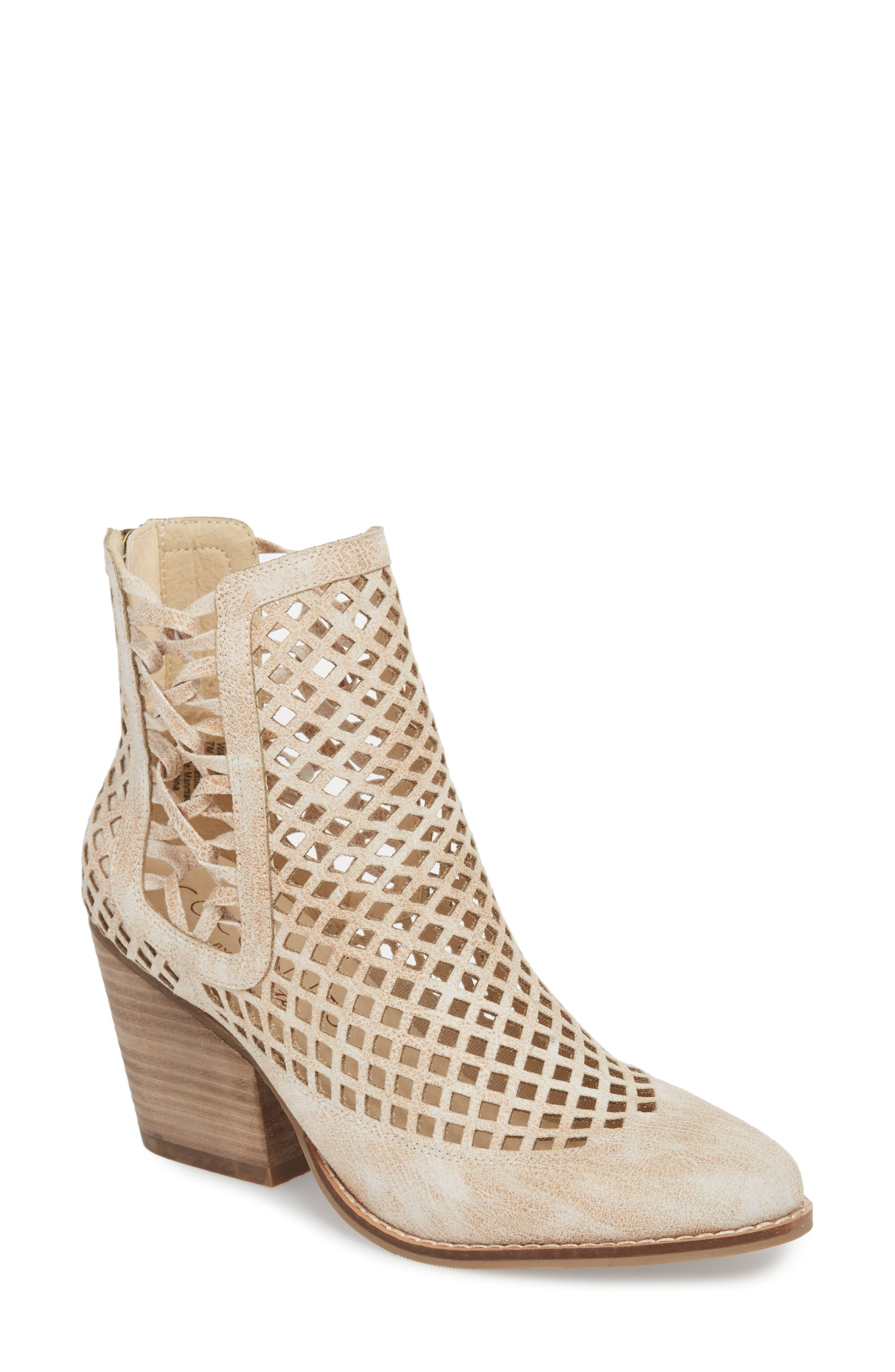 Coconuts By Matisse Walk On Bootie- White