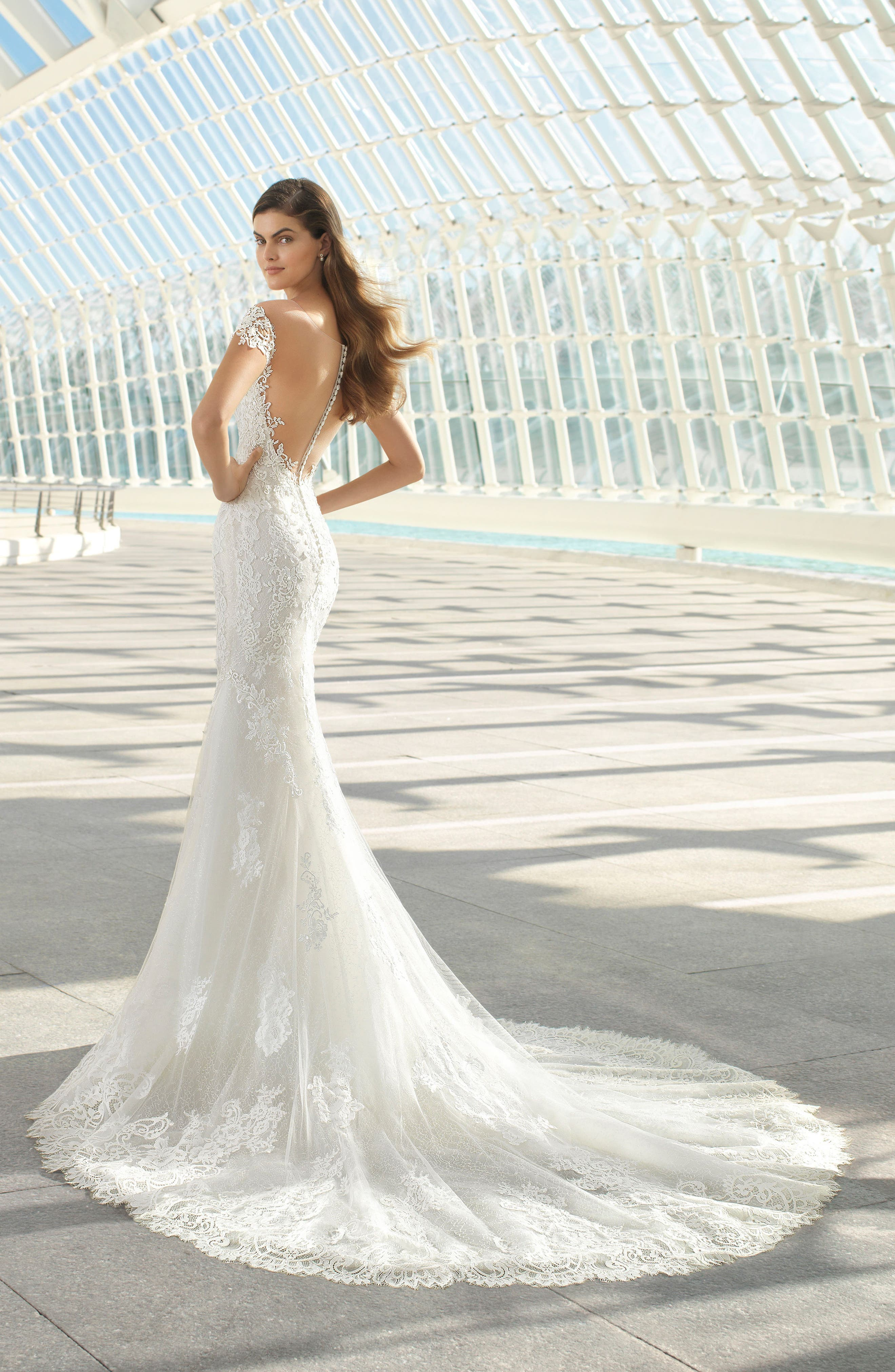 Rosa Clará Darling Beaded Floral Lace Mermaid Gown,                             Alternate thumbnail 2, color,                             NATURAL