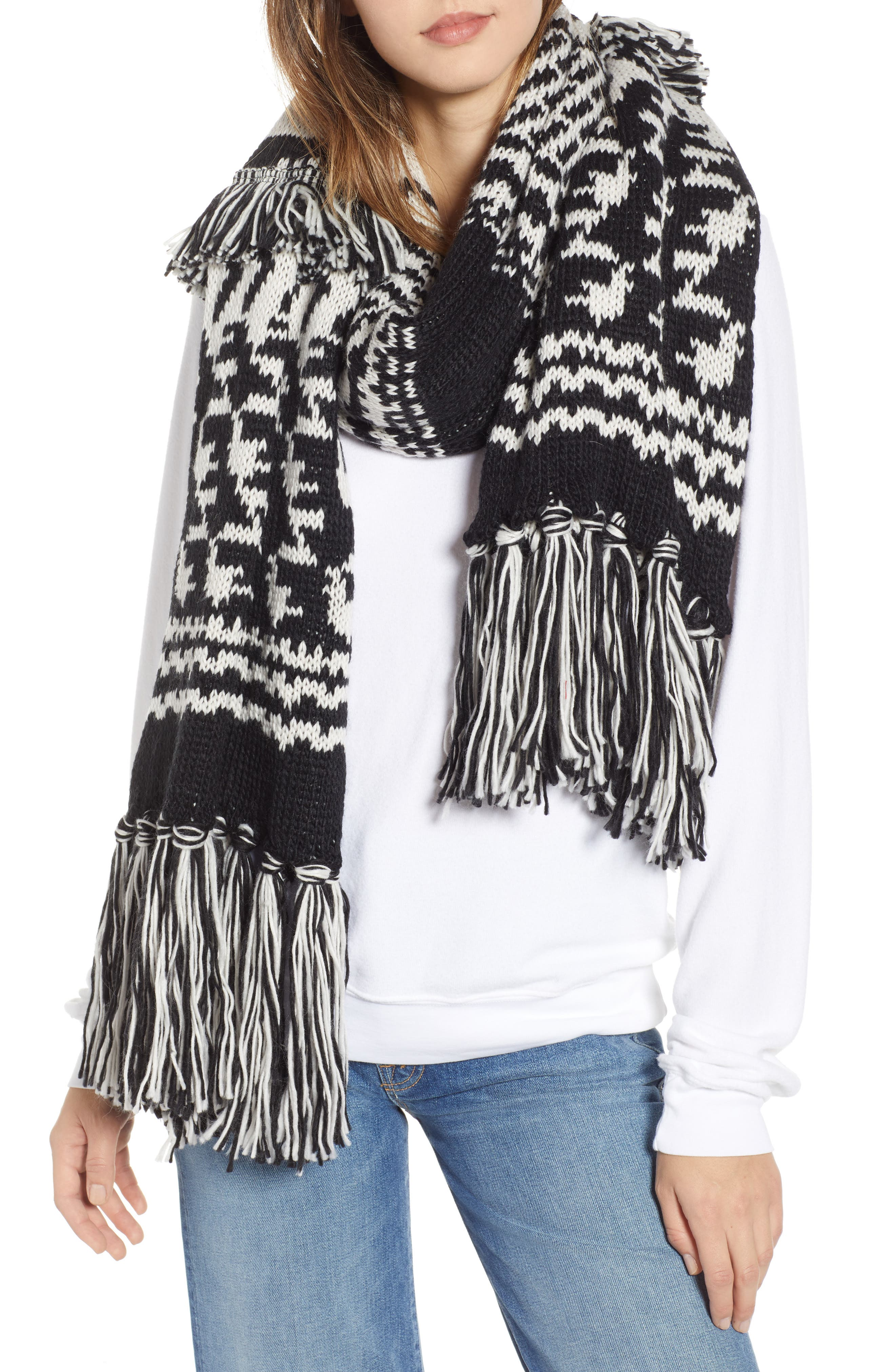 Mile High Fleece Fringe Scarf,                         Main,                         color, BLACK AND WHITE COMBO