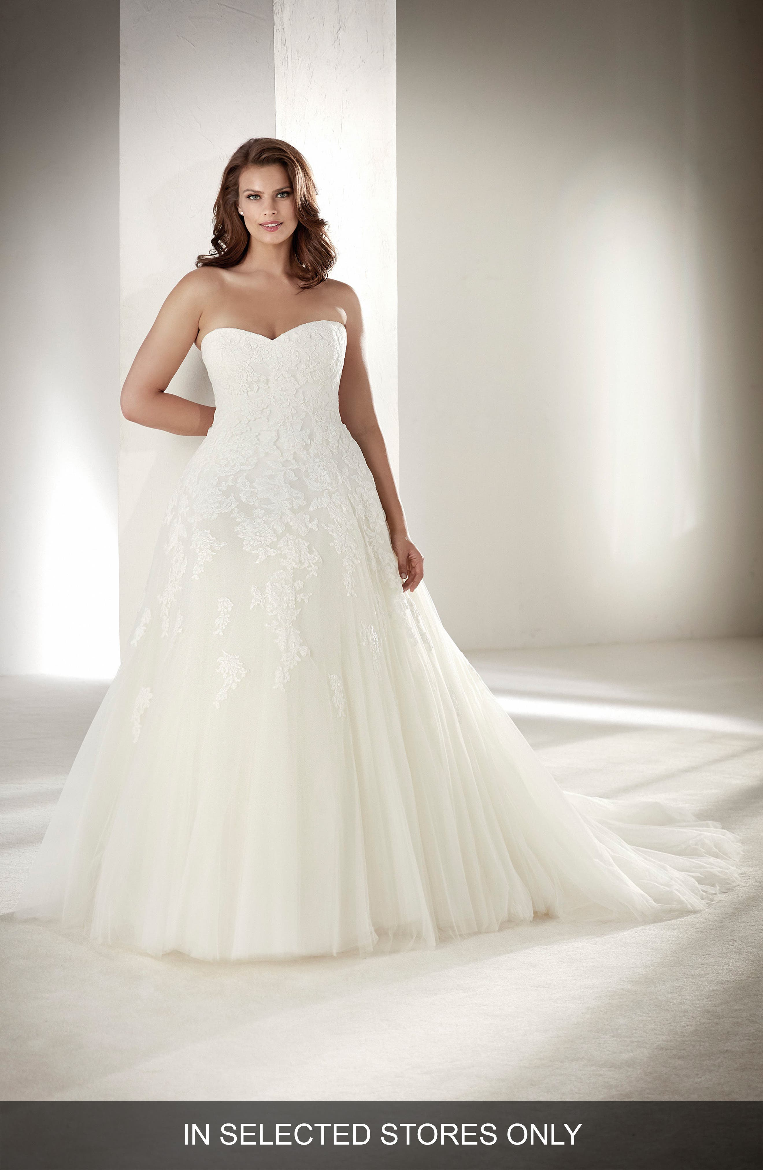 Alcanar Strapless Lace & Tulle Gown,                             Main thumbnail 1, color,                             OFF WHITE