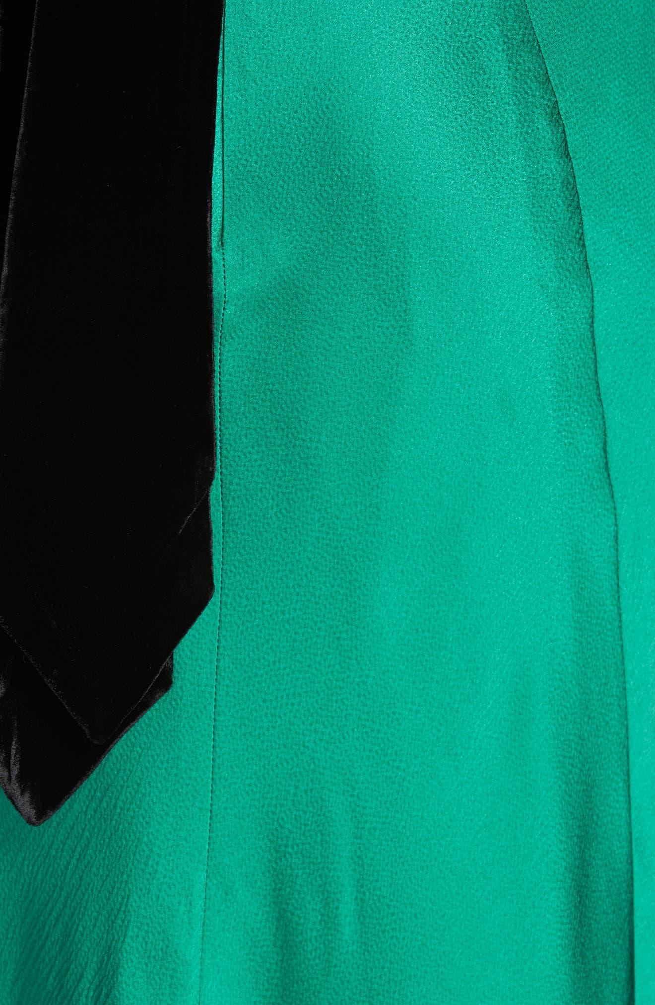 Michelle Velvet Bow Silk Halter Gown,                             Alternate thumbnail 5, color,                             EMERALD GREEN