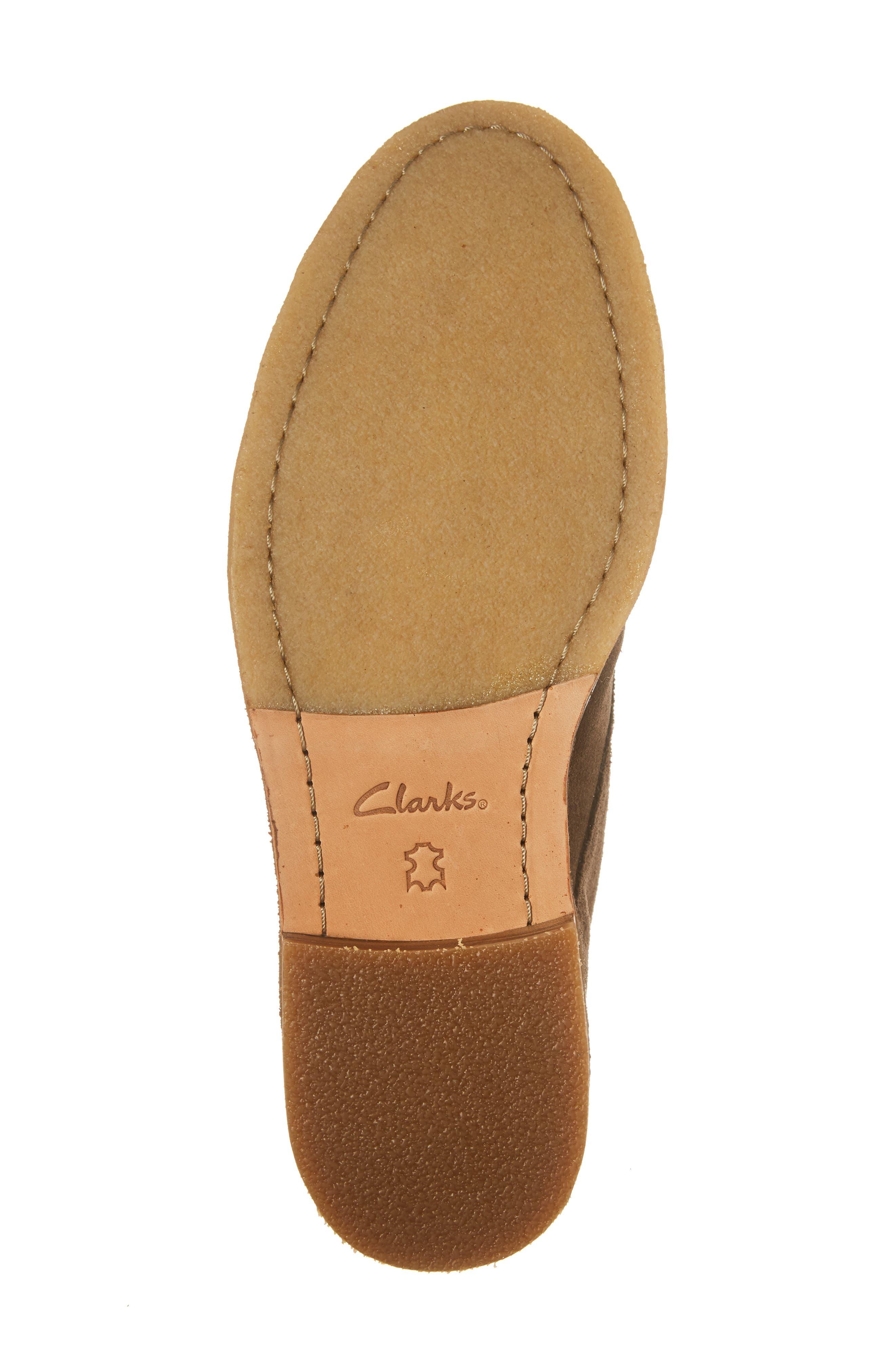 Clarkdale Chukka Boot,                             Alternate thumbnail 6, color,                             200