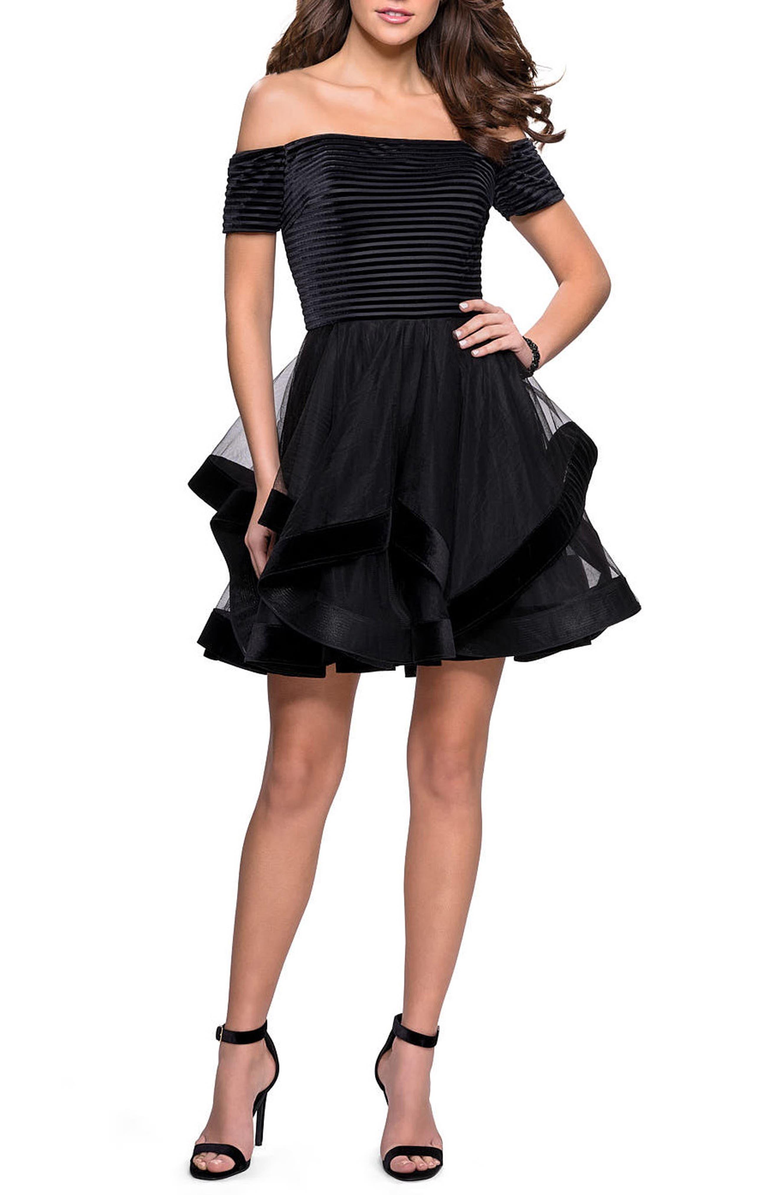 LA FEMME Off The Shoulder Velvet & Tulle Party Dress in Black