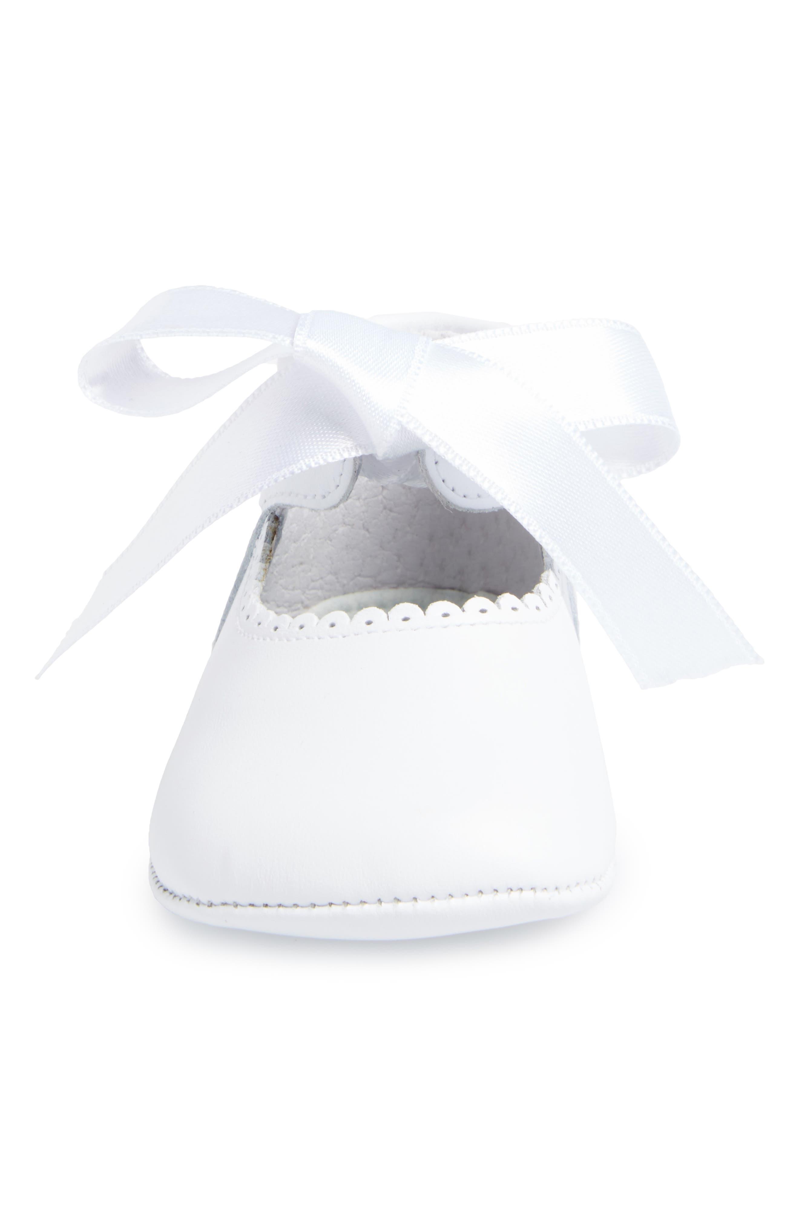 Satin Bow Crib Shoe,                             Alternate thumbnail 4, color,                             WHITE