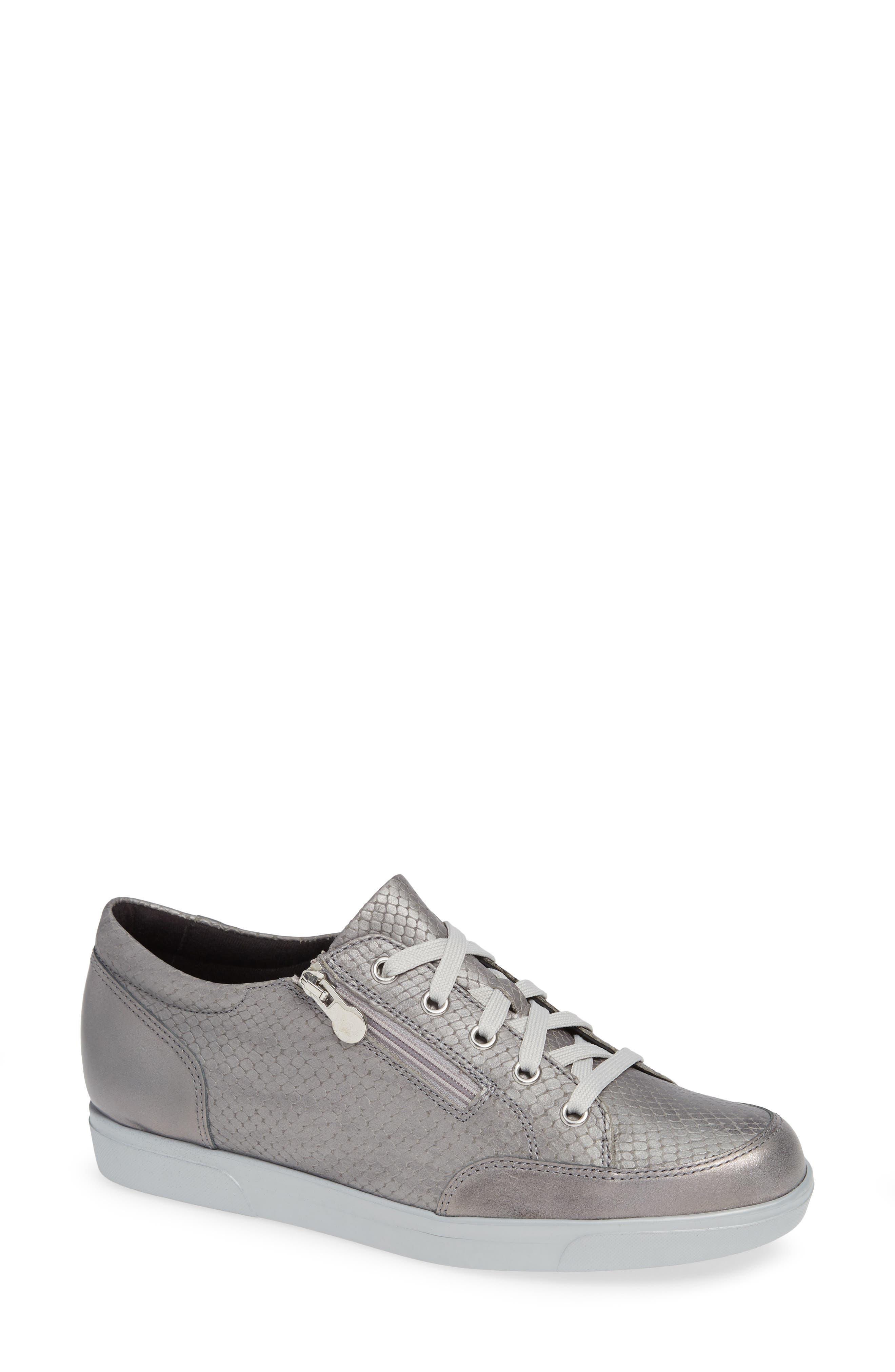 Gabbie Sneaker,                         Main,                         color, LIGHT GREY LEATHER