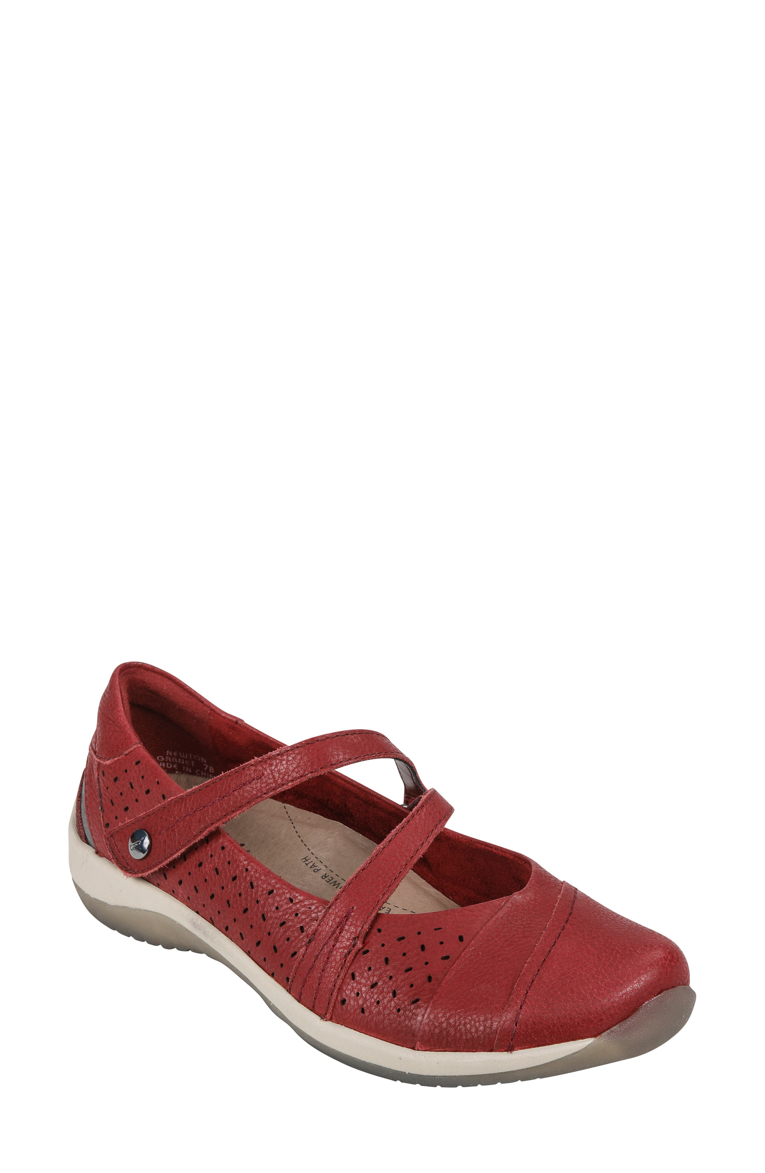 Earth Newton Mary Jane Flat, Red