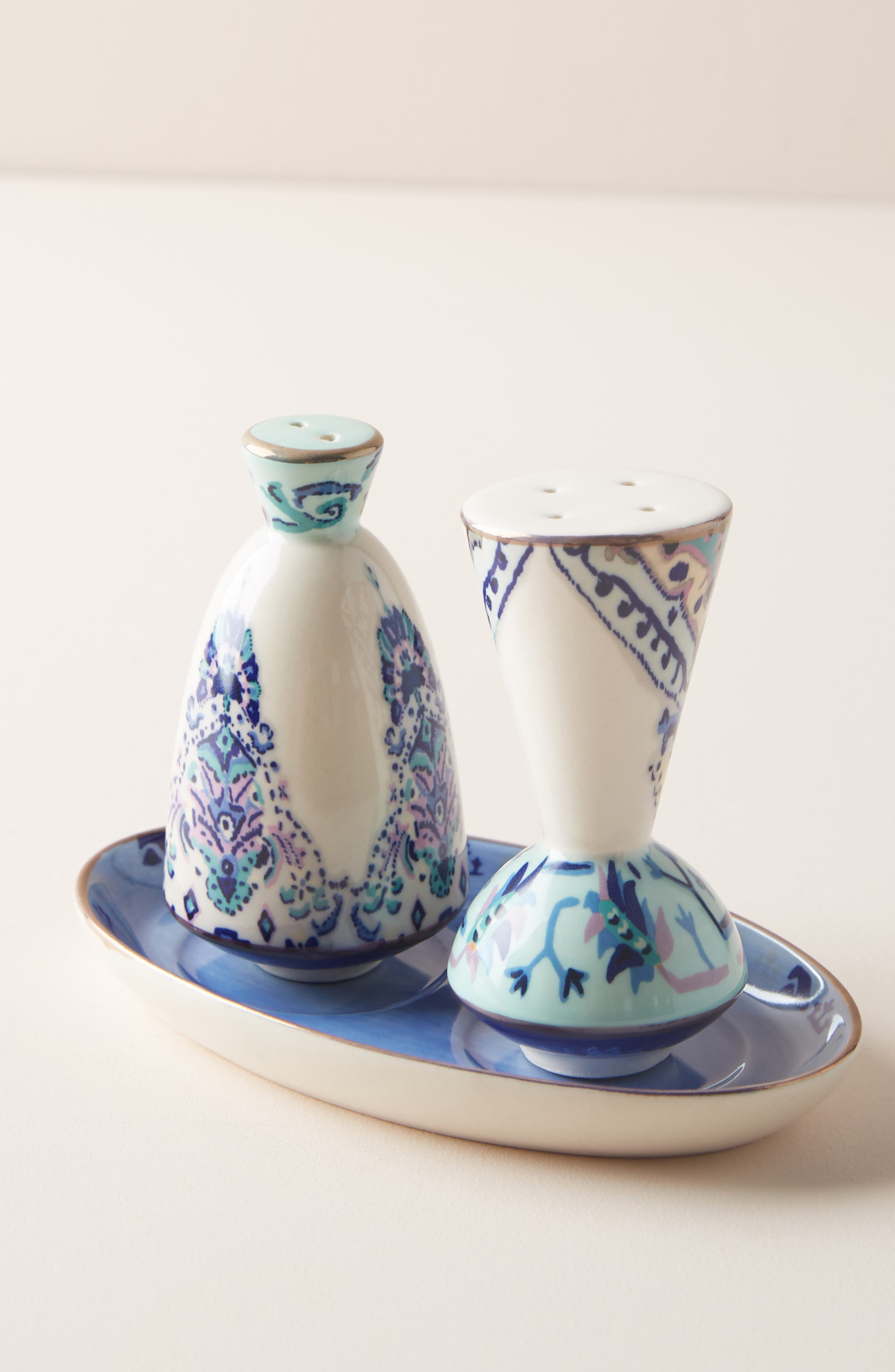 Lilia Salt & Pepper Shakers,                             Main thumbnail 1, color,                             440