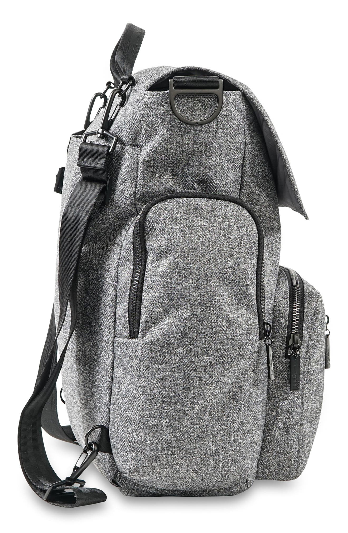 Onyx Be Sporty Diaper Backpack,                             Alternate thumbnail 3, color,                             035