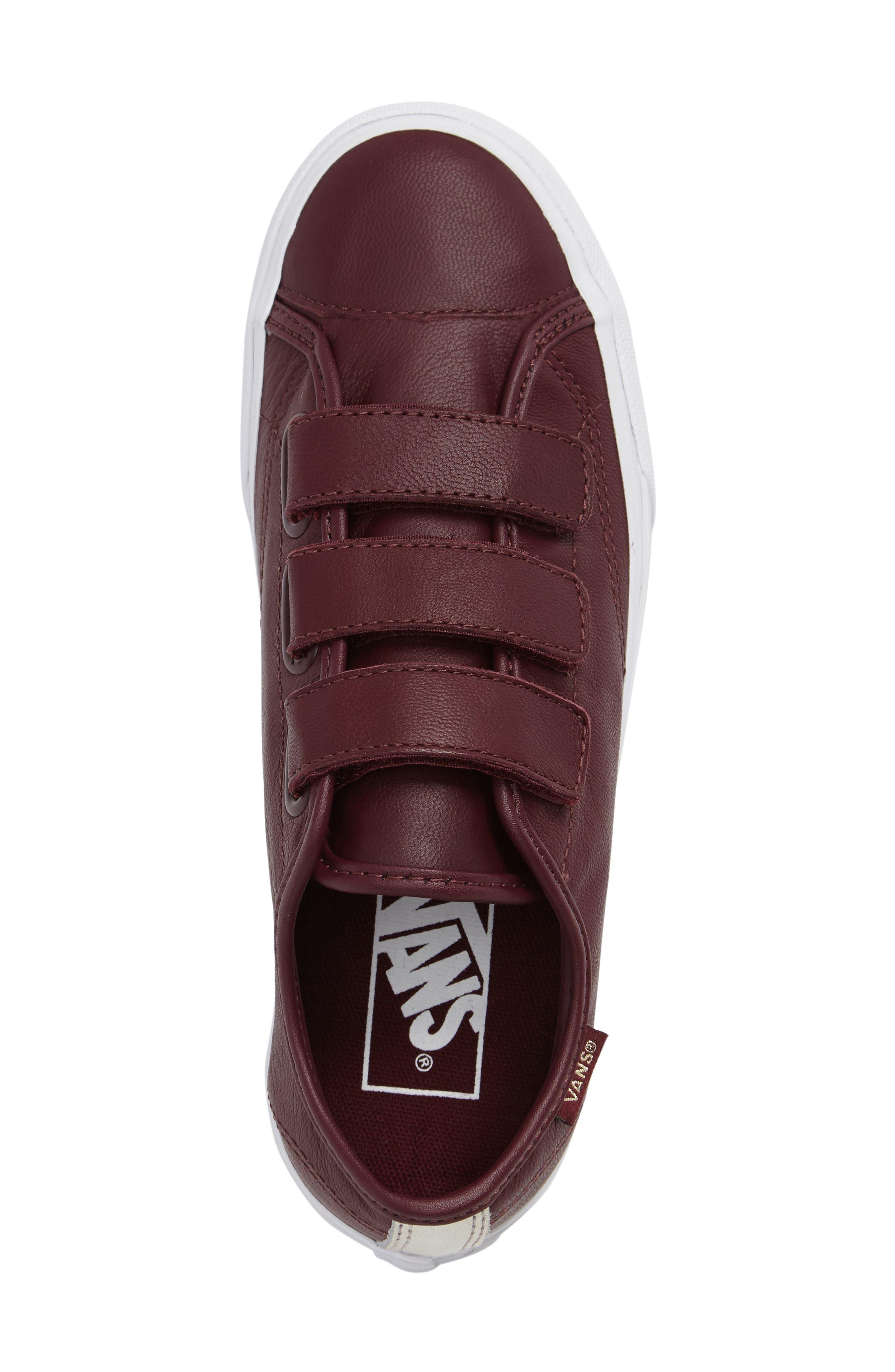 Style 23 V Sneaker,                             Alternate thumbnail 25, color,
