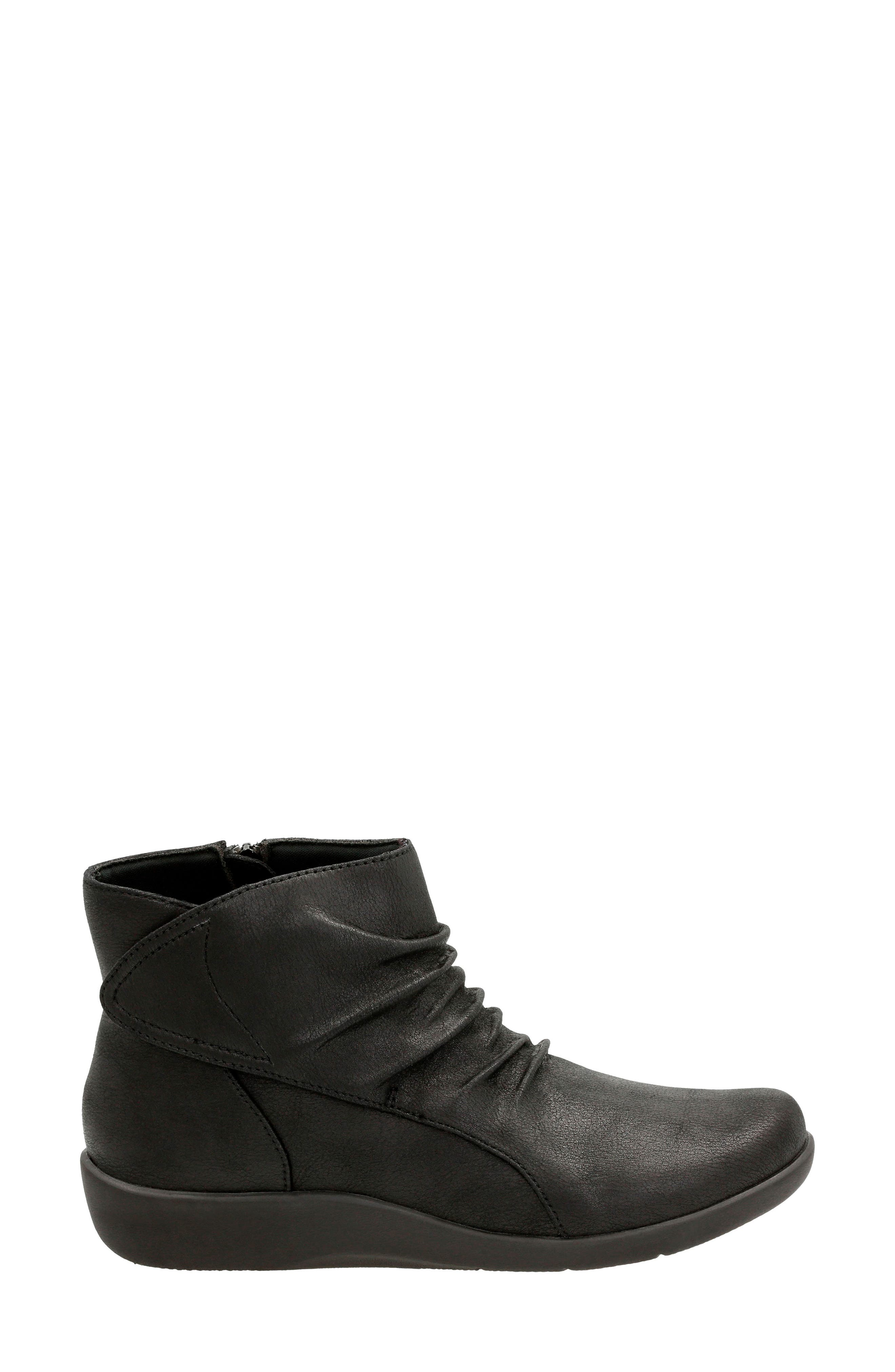 CLARKS<SUP>®</SUP>,                             'Sillian Chell' Boot,                             Alternate thumbnail 3, color,                             005