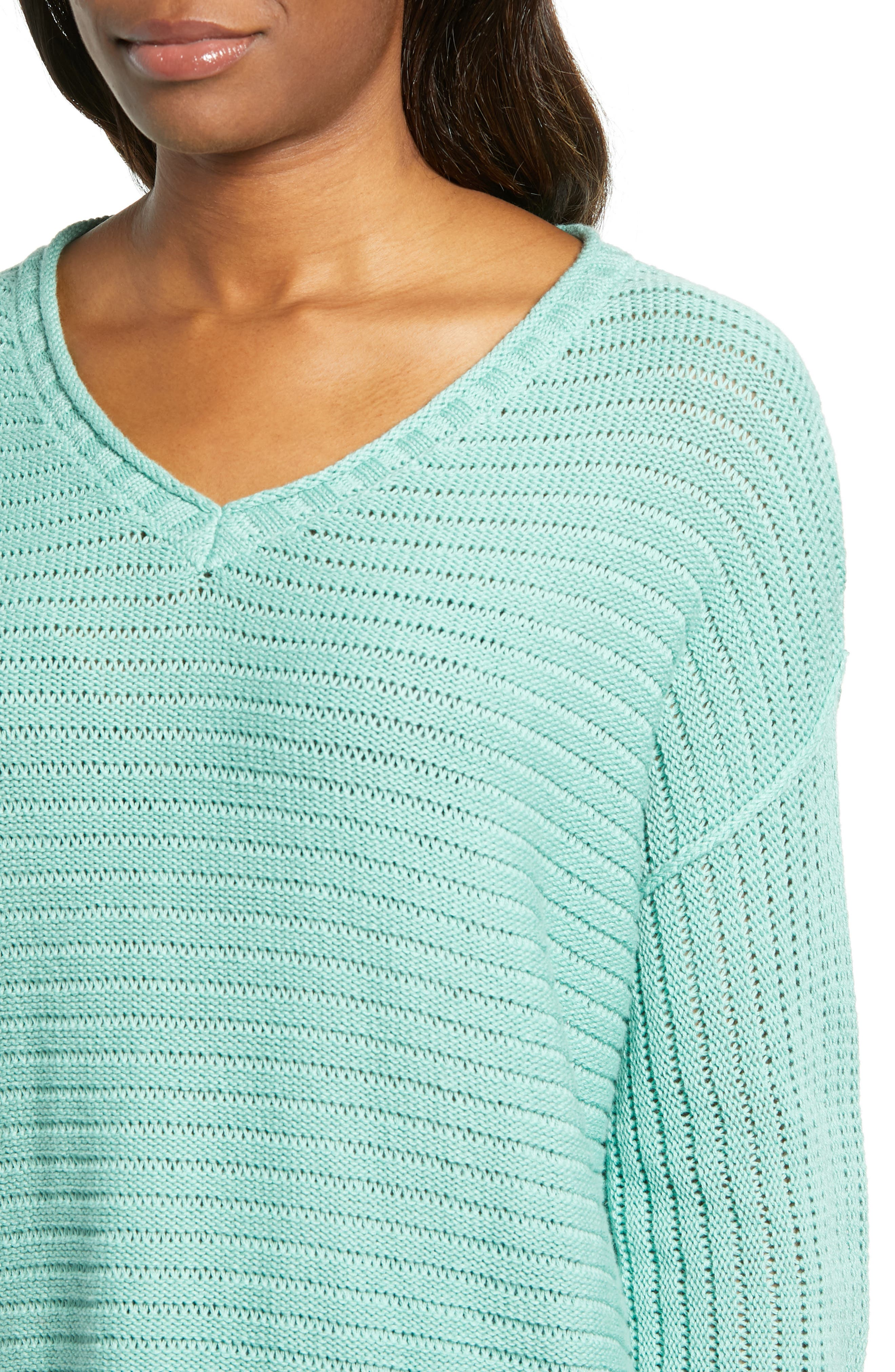 Tuck Stitch V-Neck Sweater,                             Alternate thumbnail 4, color,                             GREEN WING