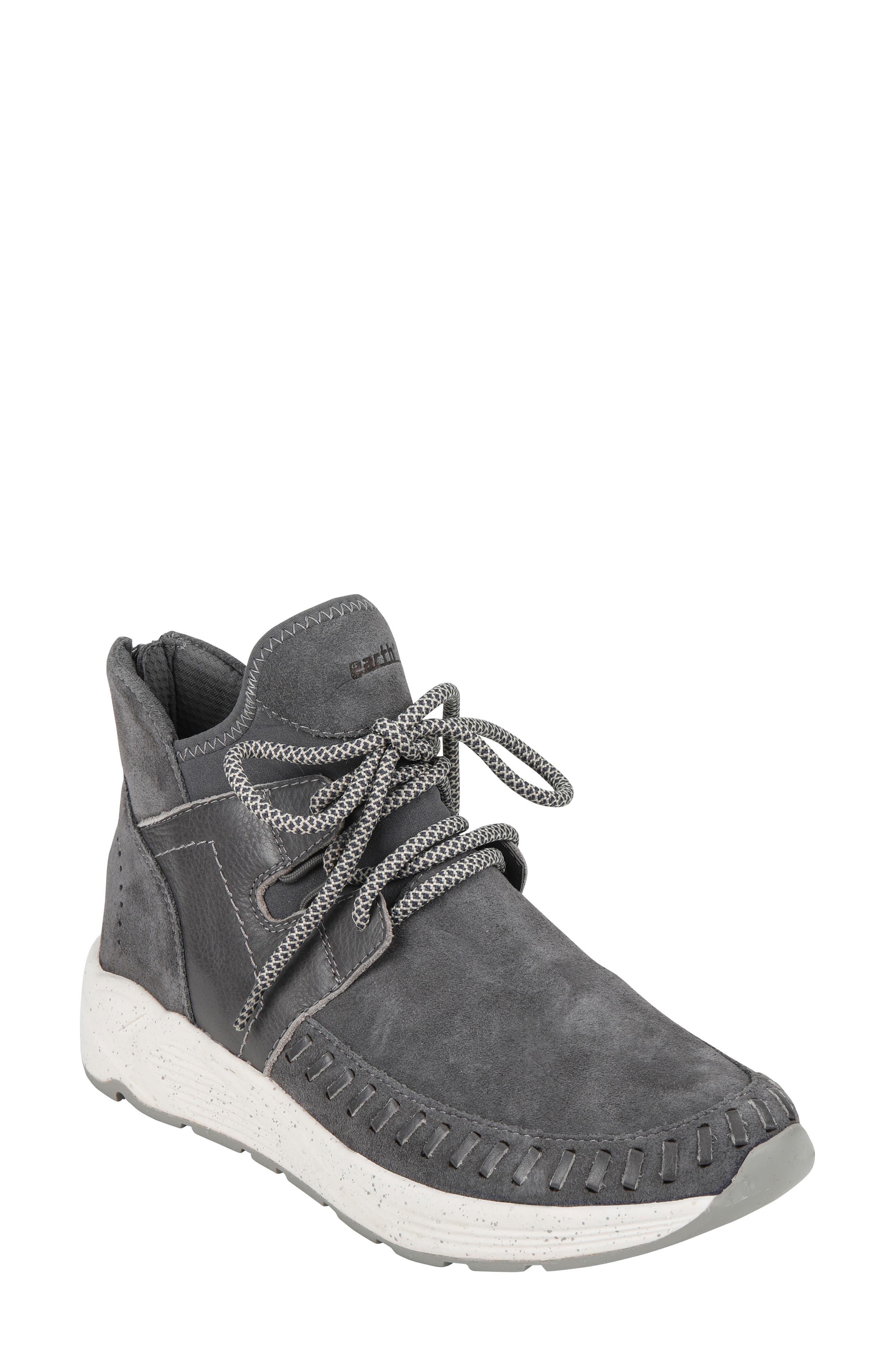 Earth Jaunt Sneaker, Grey