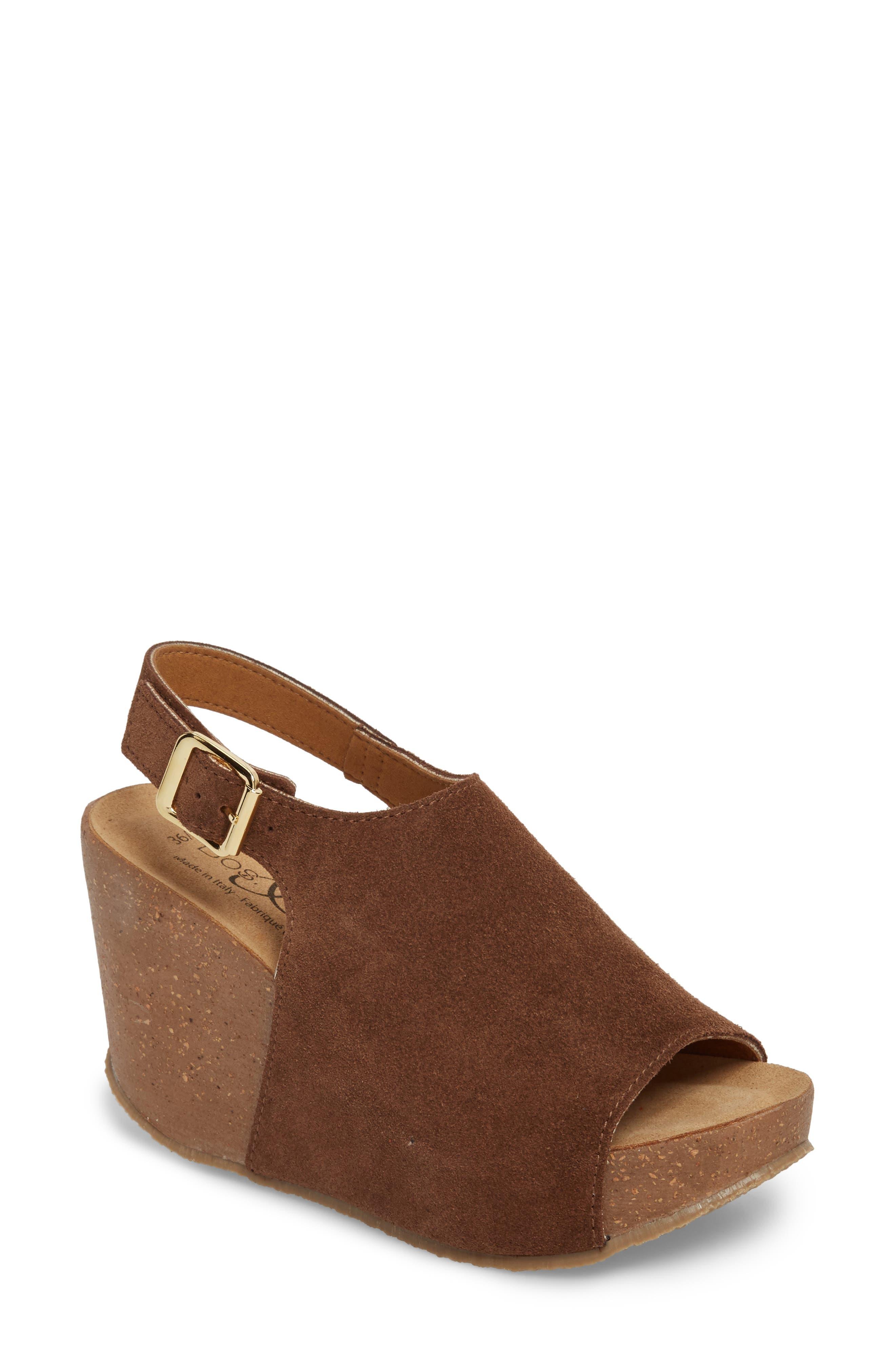 Bos. & Co. Sheila Platform Wedge Sandal - Brown