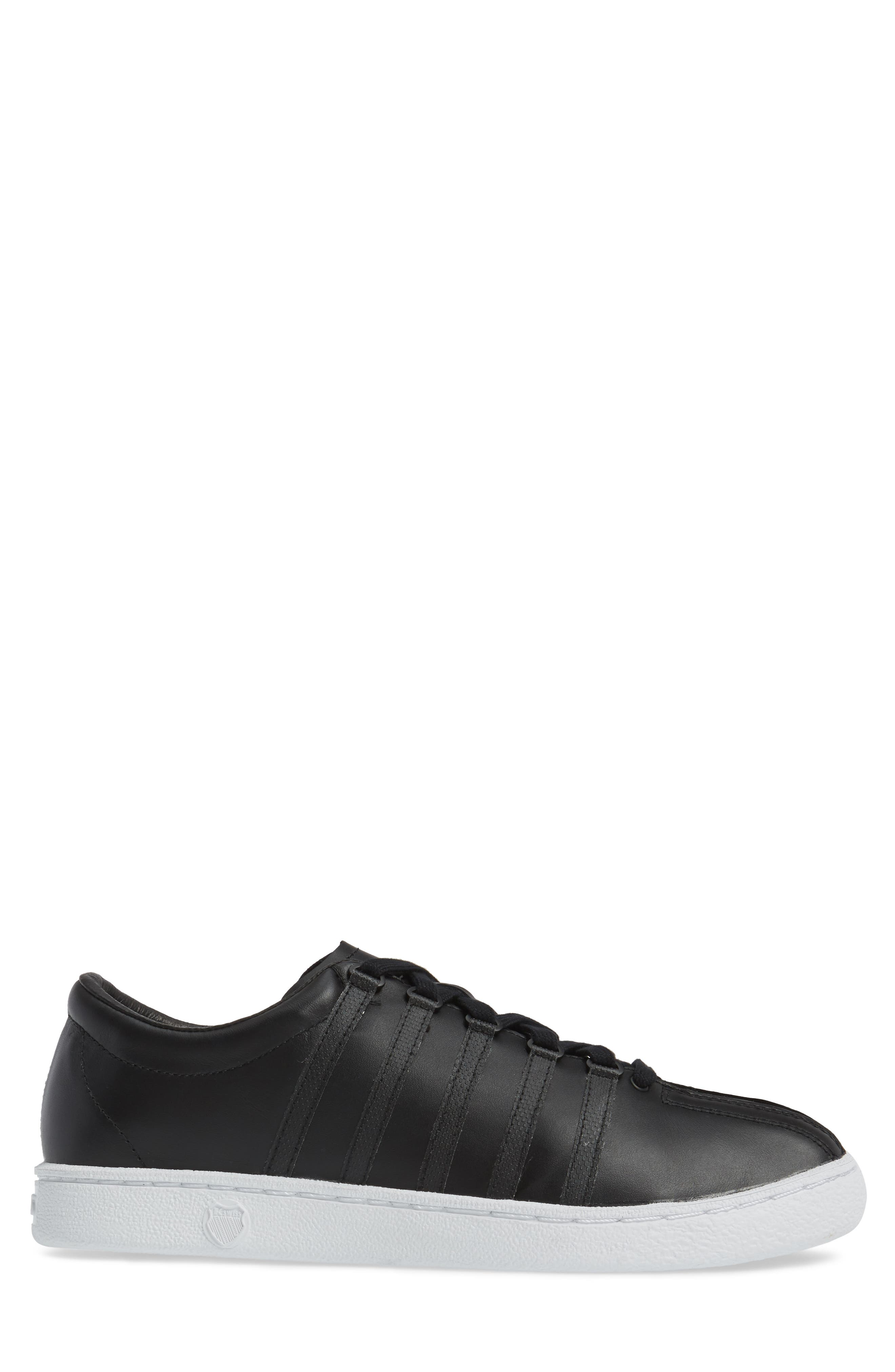 Classic '66 Sneaker,                             Alternate thumbnail 3, color,                             002