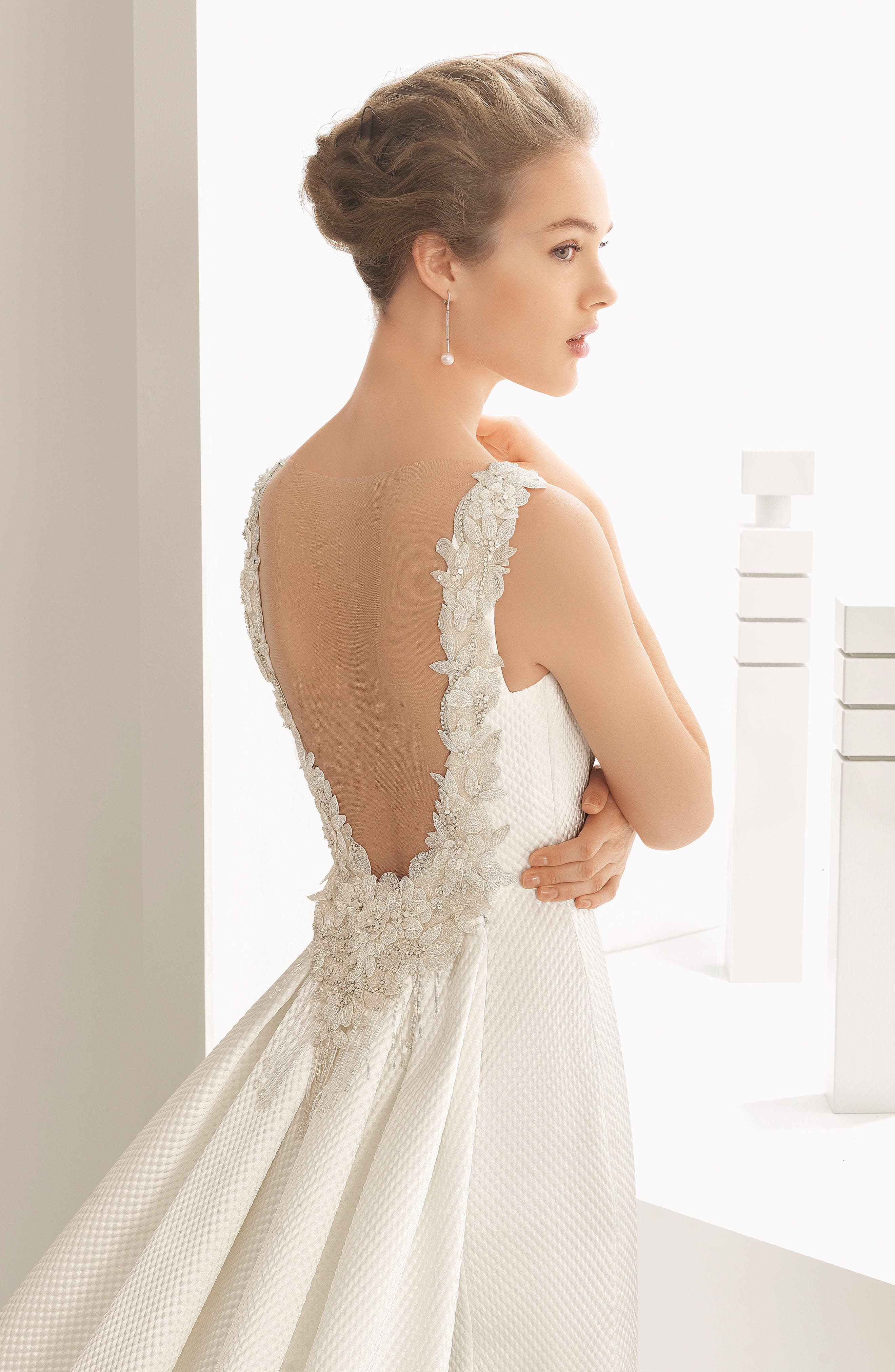 Rosa Clará Couture Navas Embellished Piqué Column Gown with Train,                             Alternate thumbnail 3, color,                             NATURAL