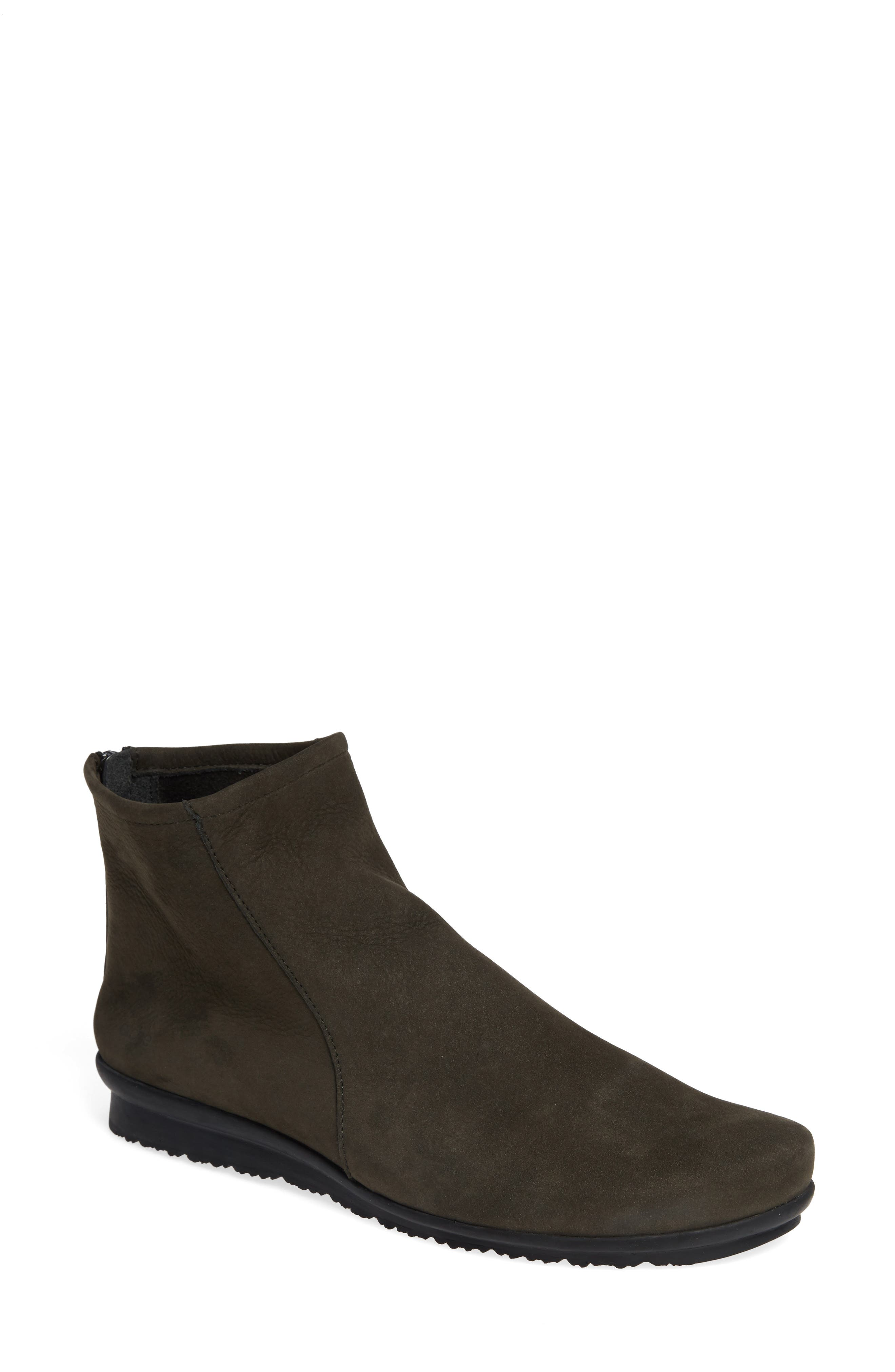 ARCHE 'Baryky' Boot in Castor Fabric