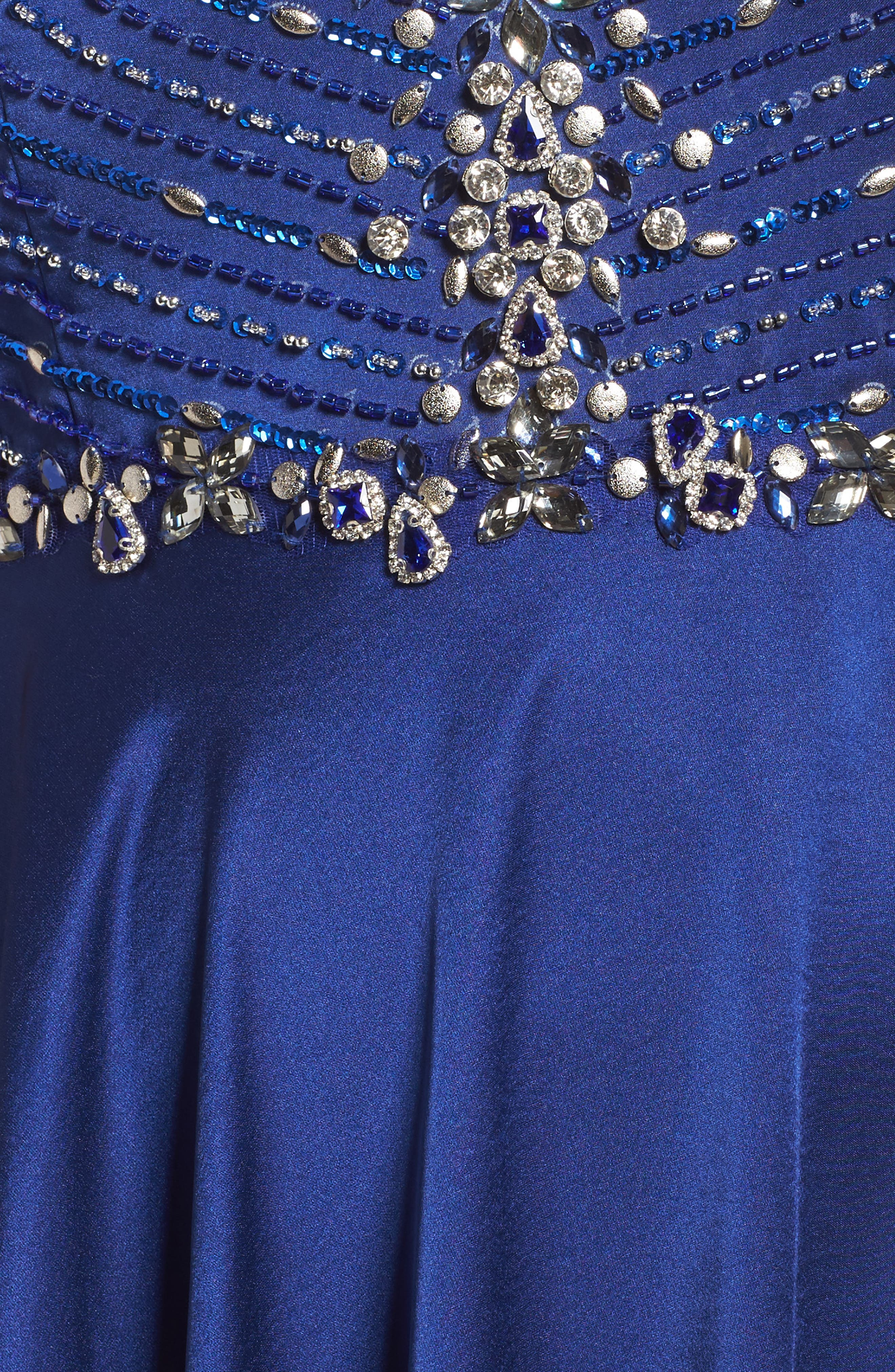 MAC DUGGAL,                             Beaded Bodice Gown,                             Alternate thumbnail 5, color,                             ROYAL