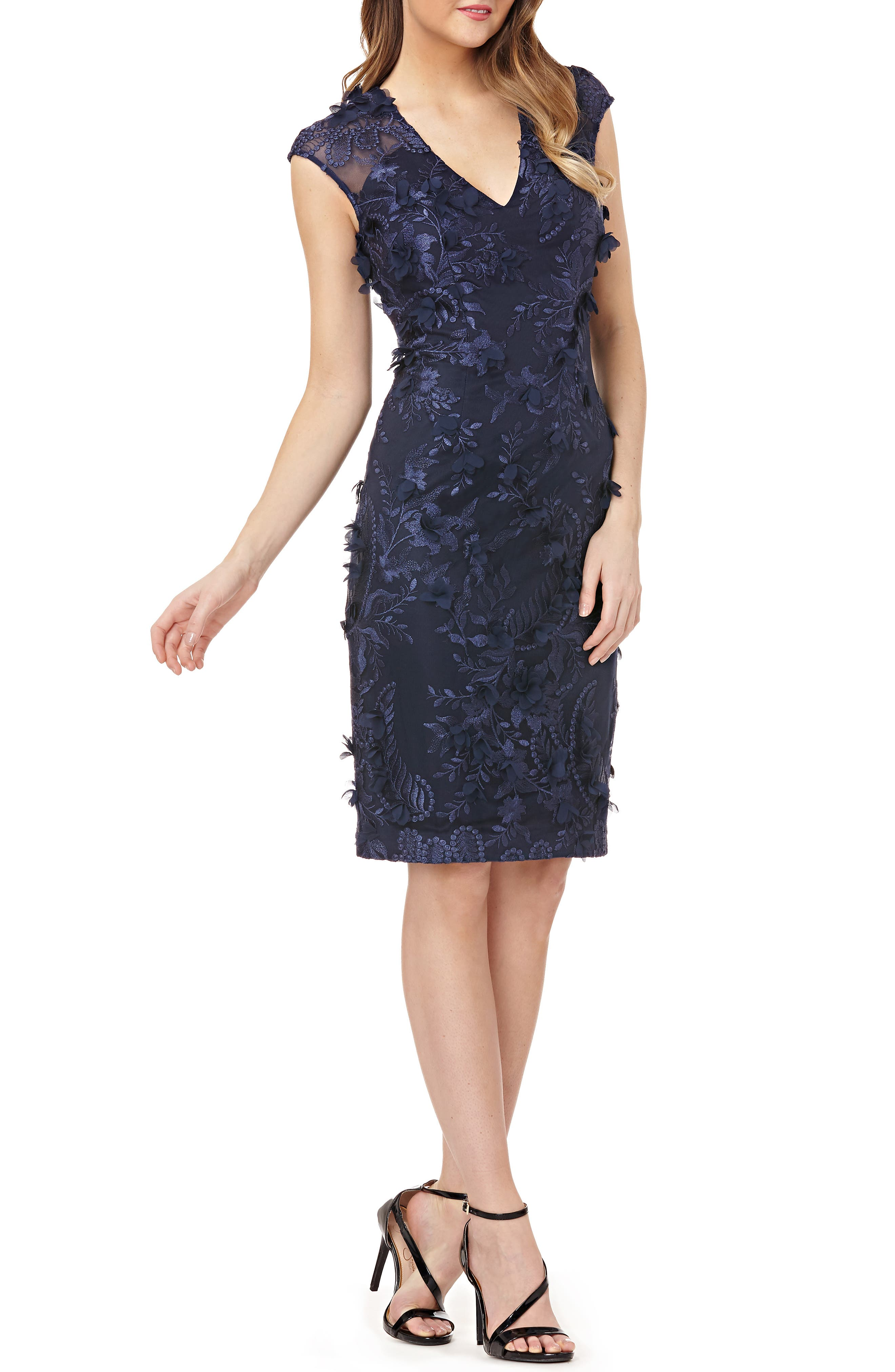 CARMEN MARC VALVO Infusion Floral Applique Dress in Navy