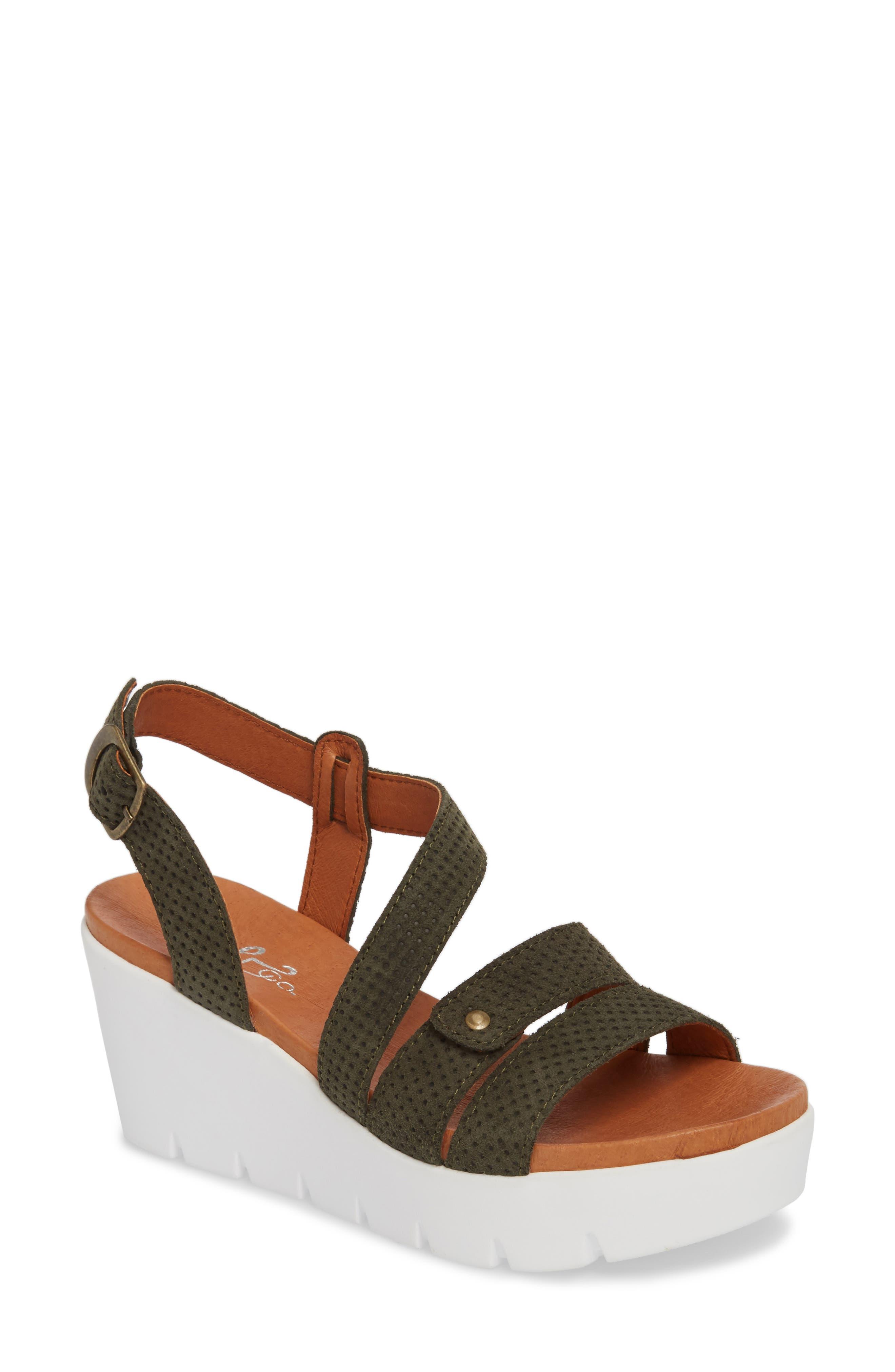 Bos. & Co. Sierra Platform Wedge Sandal, Green