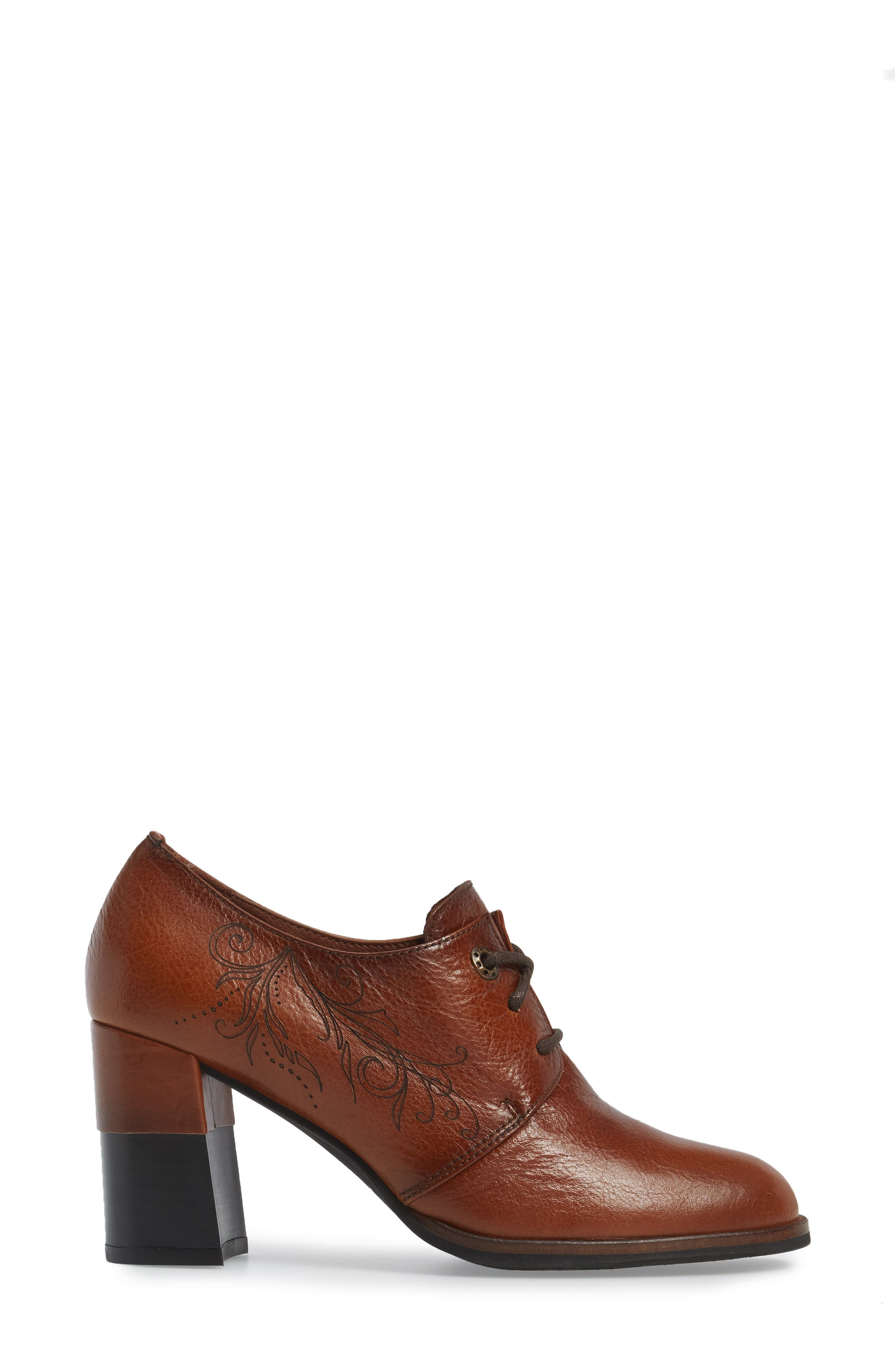 Hayes Lace-Up Pump,                             Alternate thumbnail 3, color,                             CUOIO LEATHER