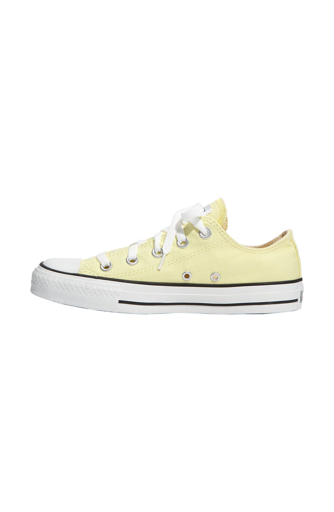 Chuck Taylor<sup>®</sup> Low Sneaker,                             Alternate thumbnail 92, color,