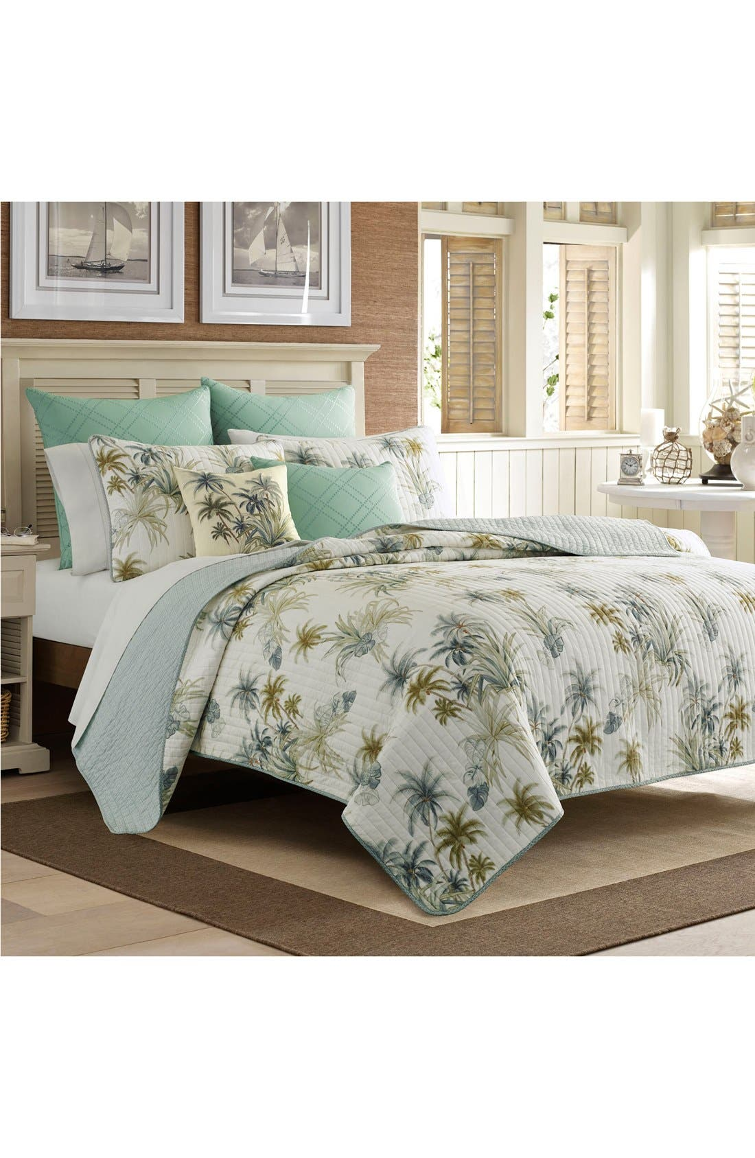 Serenity Palms Quilt,                         Main,                         color, 440