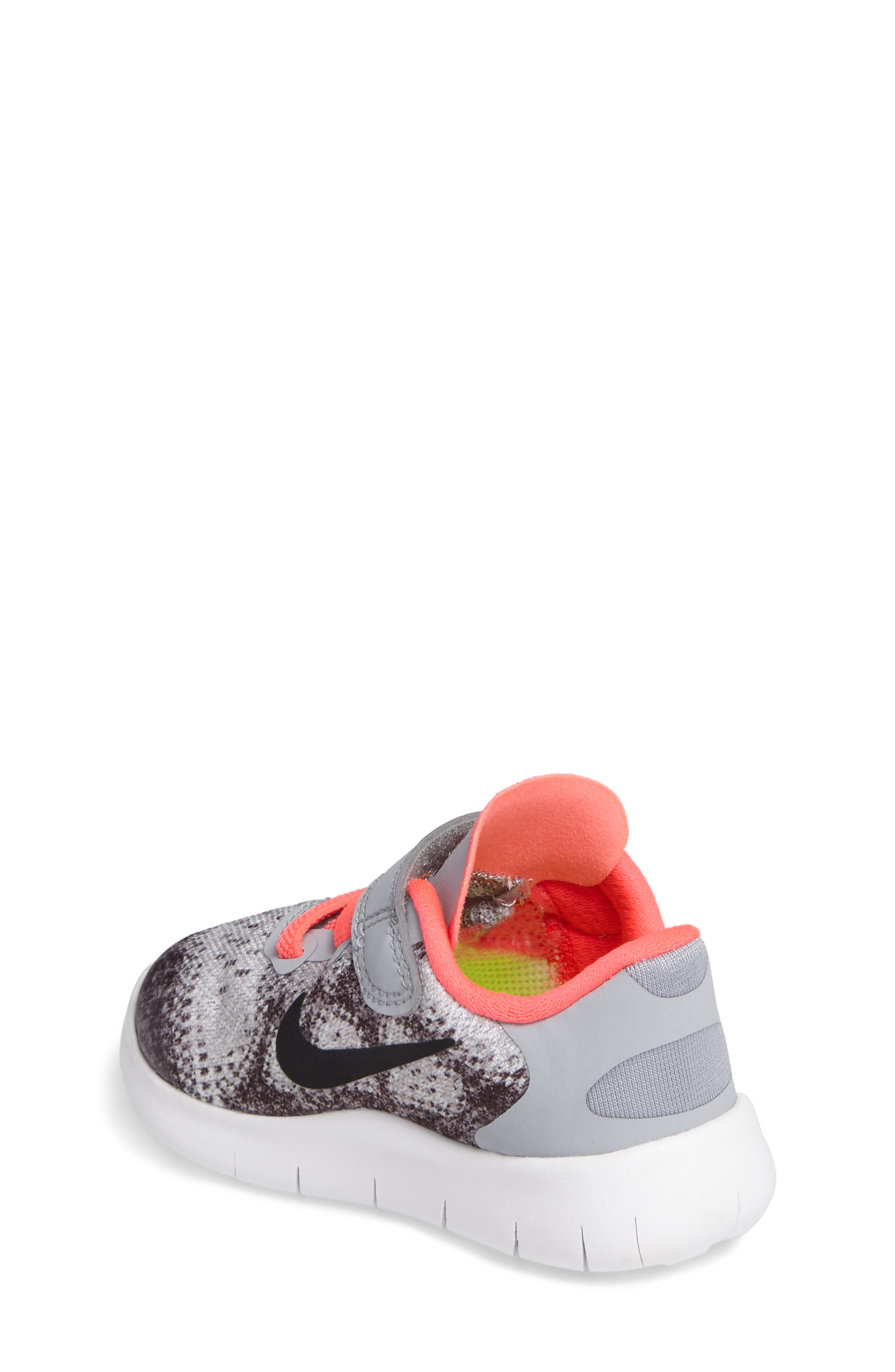 Free Run 2017 Sneaker,                             Alternate thumbnail 2, color,                             020