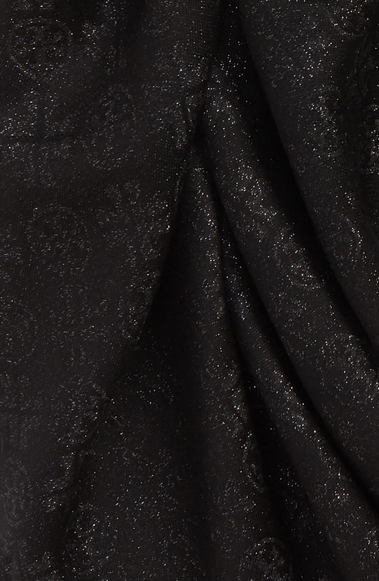 Traveler Jacquard Oblong Scarf,                             Alternate thumbnail 4, color,                             BLACK