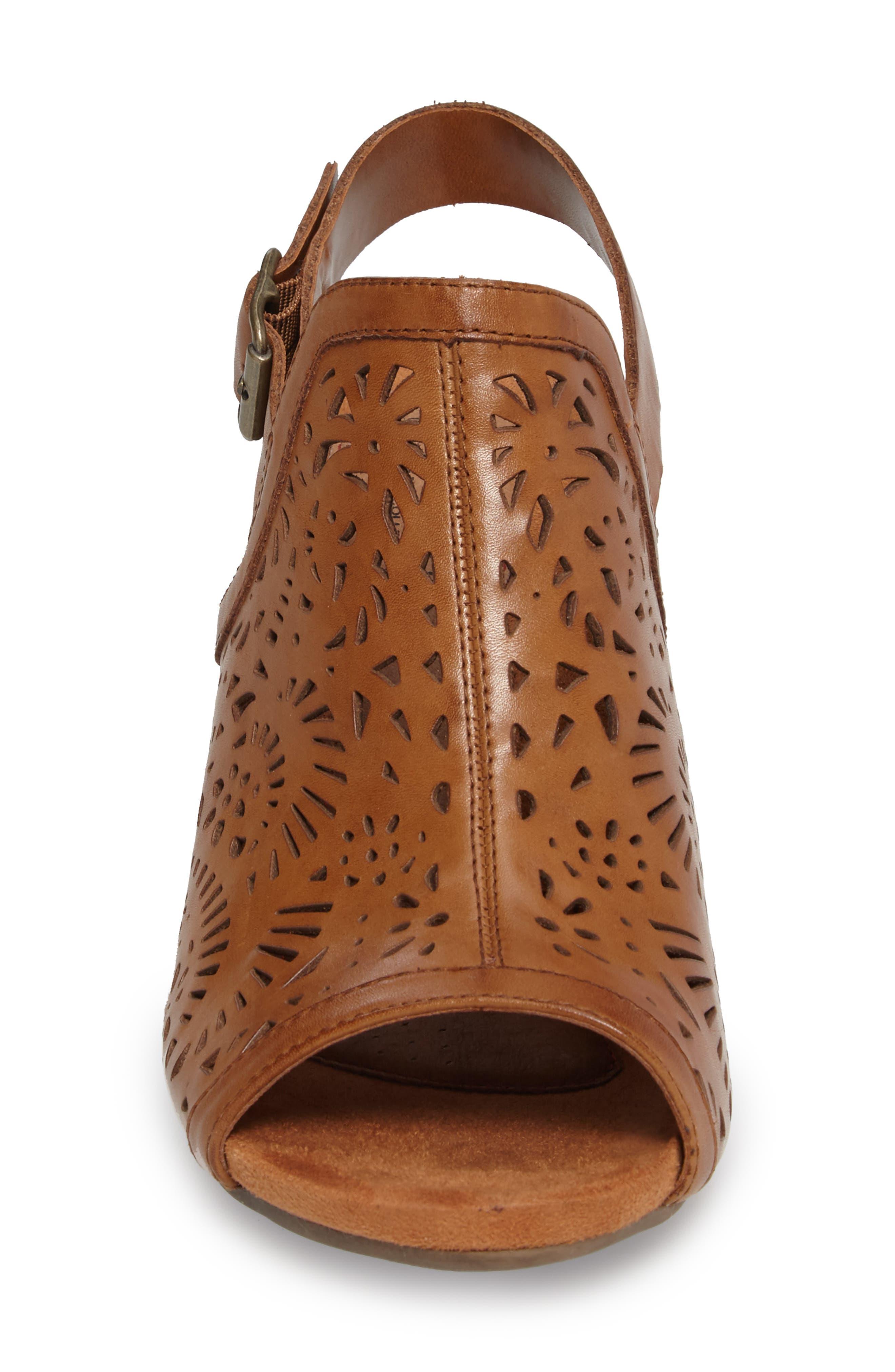 Tropez Block Heel Sandal,                             Alternate thumbnail 15, color,
