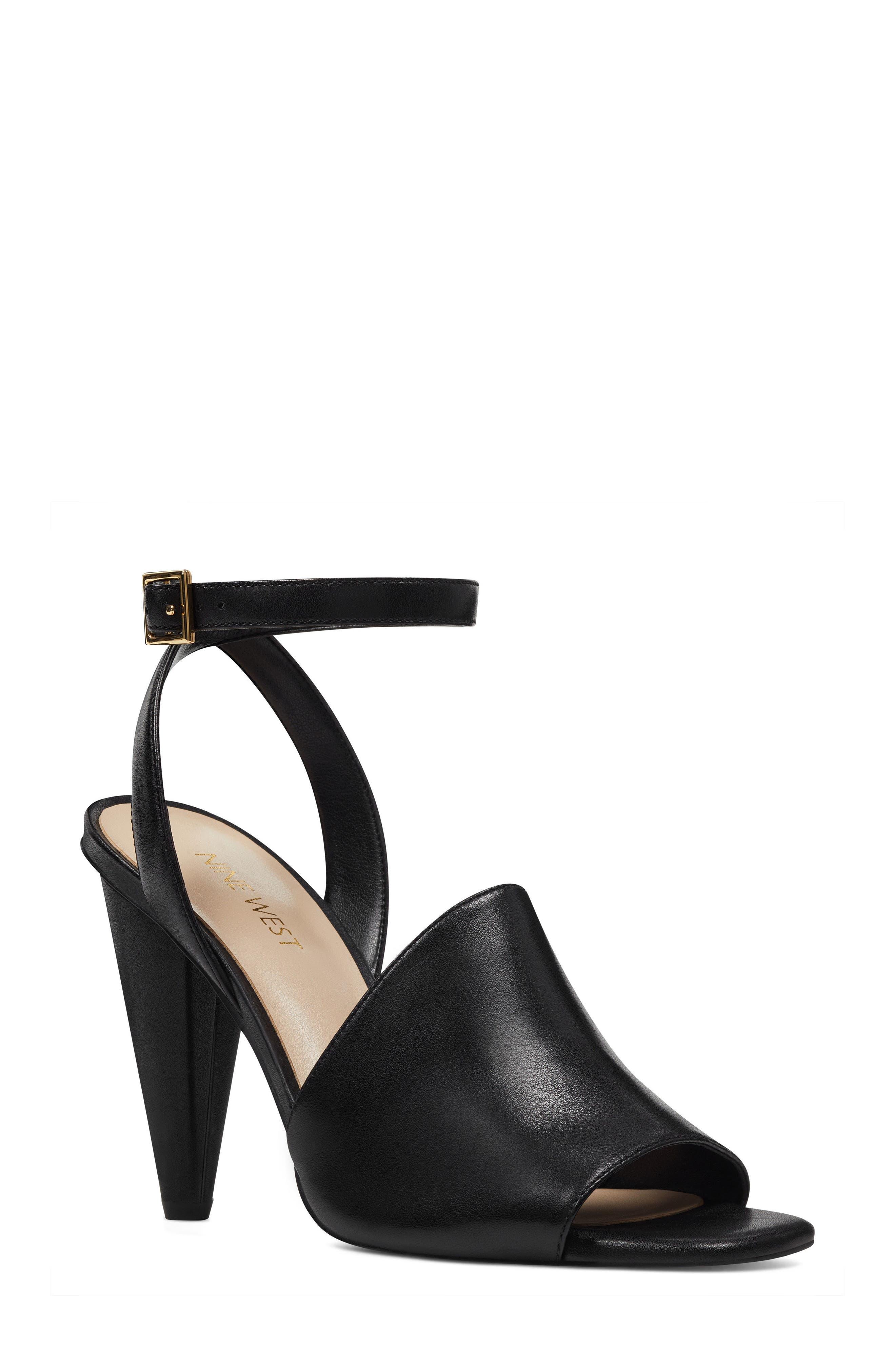Quilty Ankle Strap Sandal,                         Main,                         color, 001