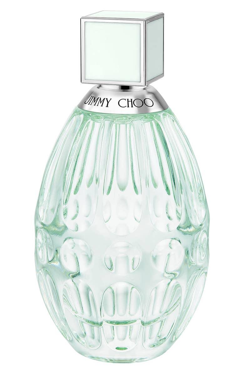 - El perfume Floral de Jimmy Choo: Es un perfume floral-frutal con esencias de bergamot, melocotón y magnolia. Viene en un frasco verde menta. Es super ideal para esta primavera - verano.