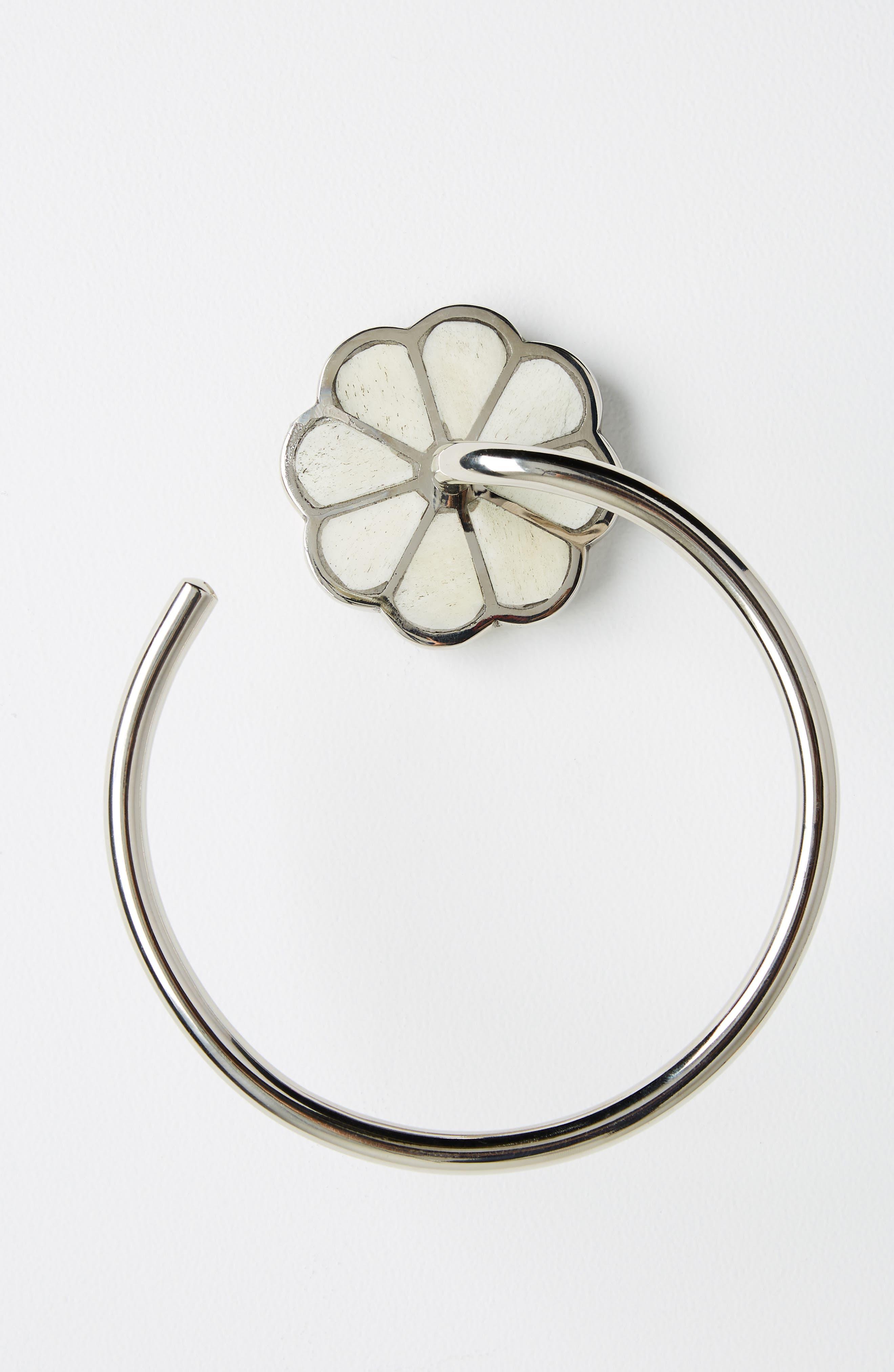 anthropologie botanist towel ring, size one size - metallic