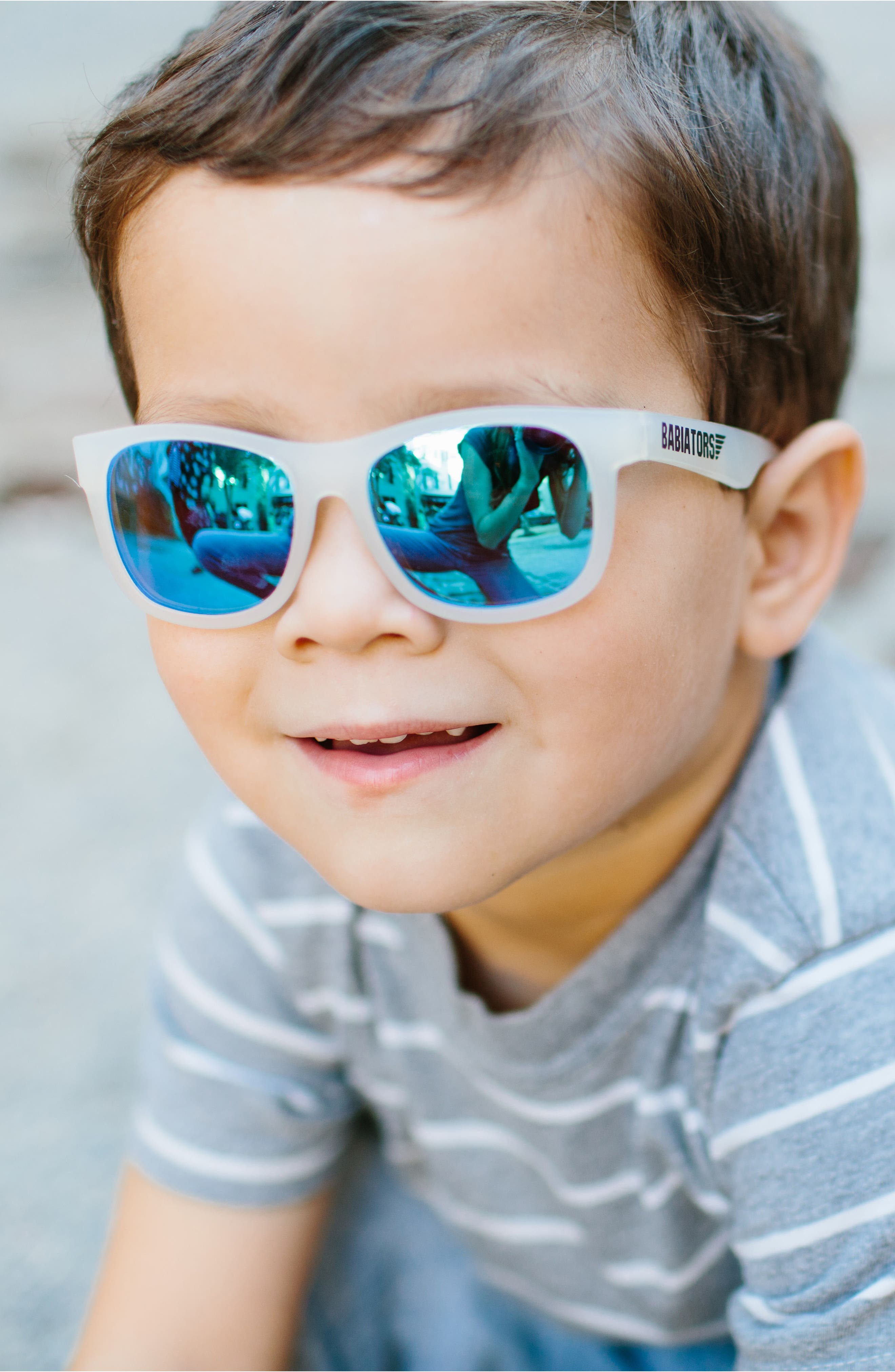 Original Navigator Sunglasses,                             Alternate thumbnail 5, color,                             BLUE ICE