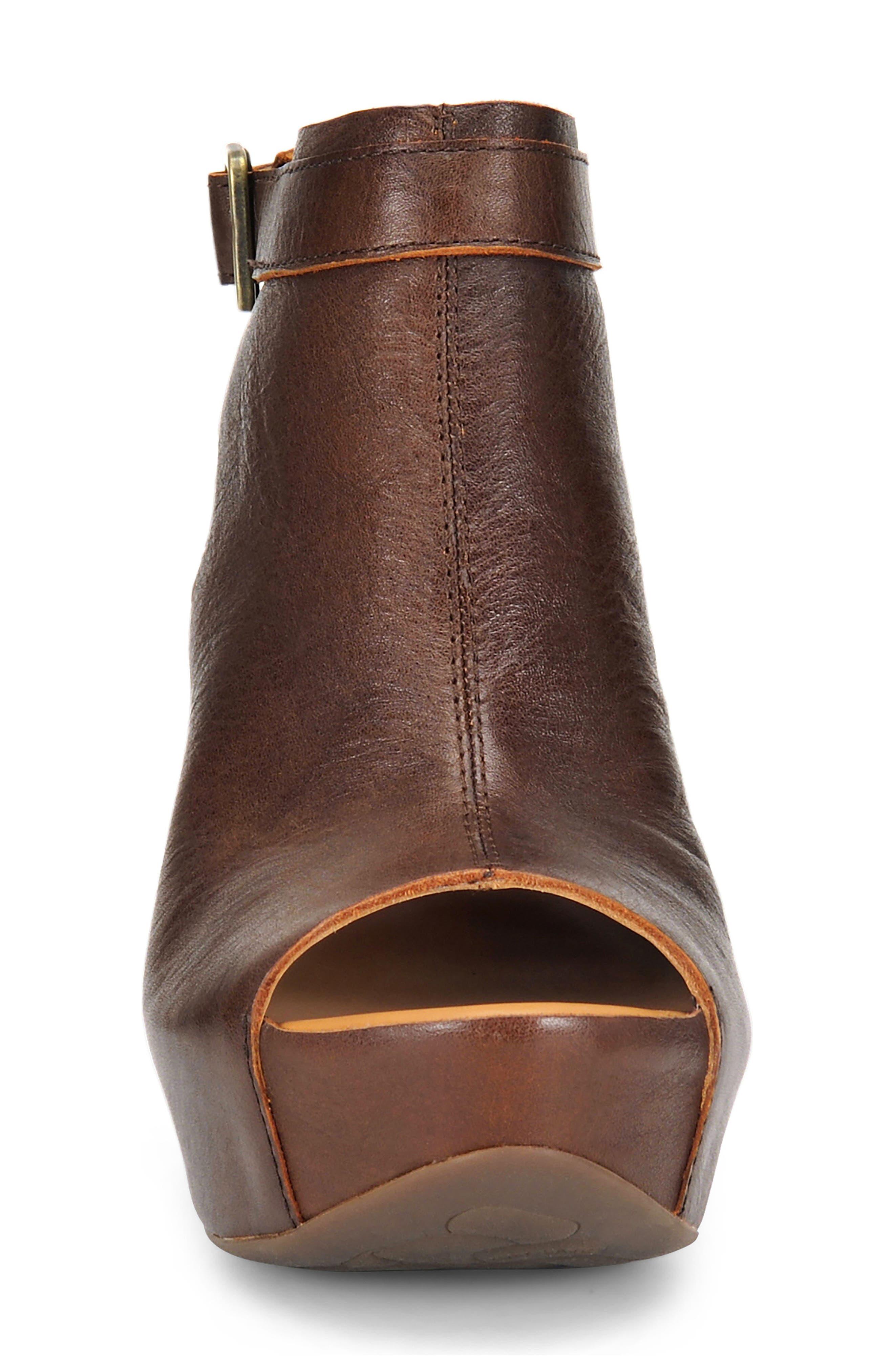 'Berit' Wedge Sandal,                             Alternate thumbnail 70, color,