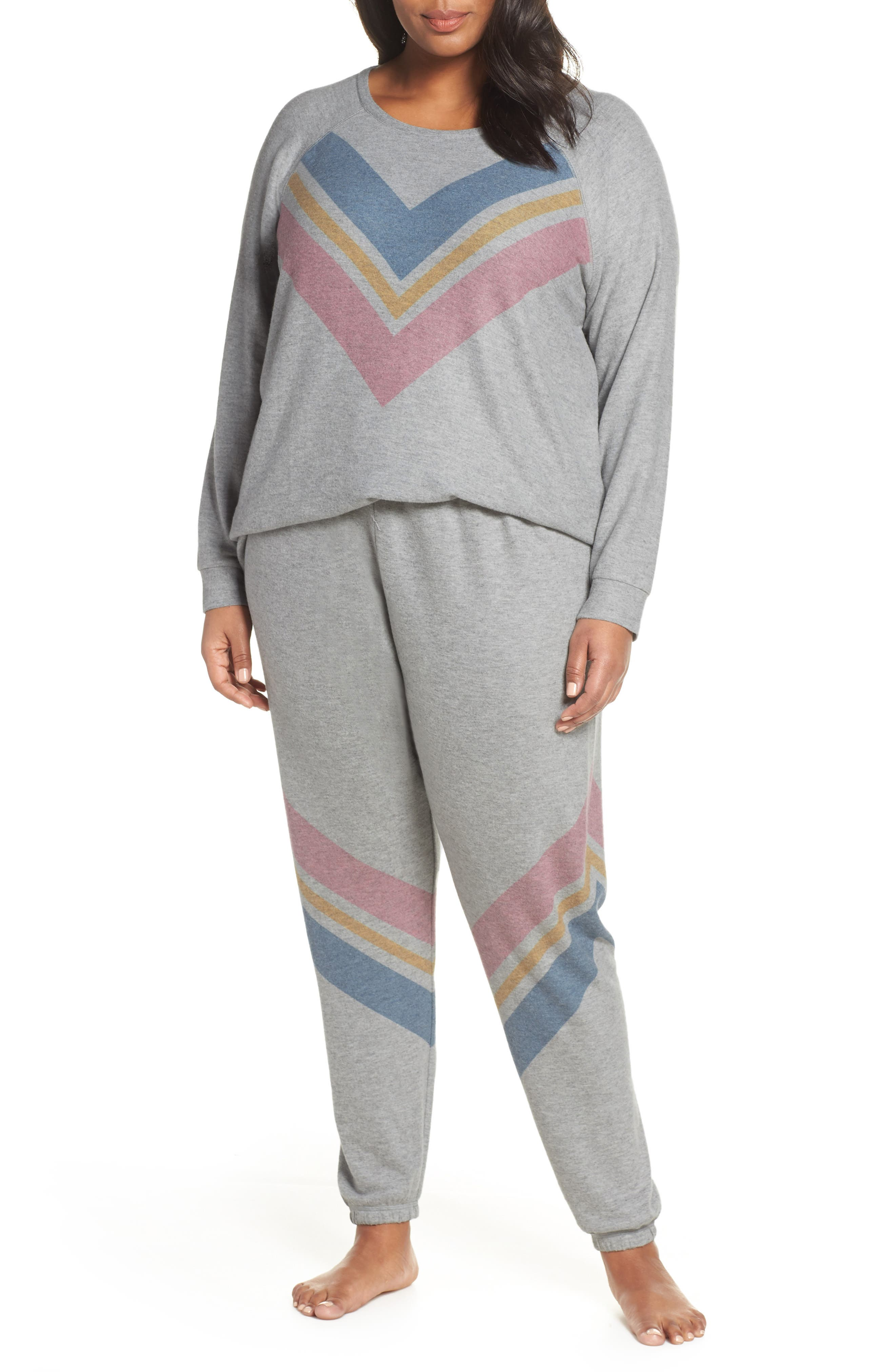 Lounge Essentials Chevron Pullover,                             Alternate thumbnail 7, color,                             HEATHER GREY