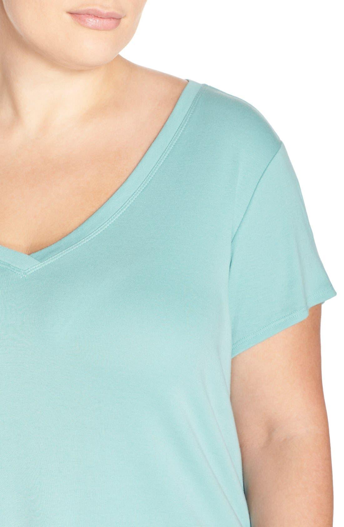 Short Sleeve V-Neck Tee,                             Alternate thumbnail 116, color,