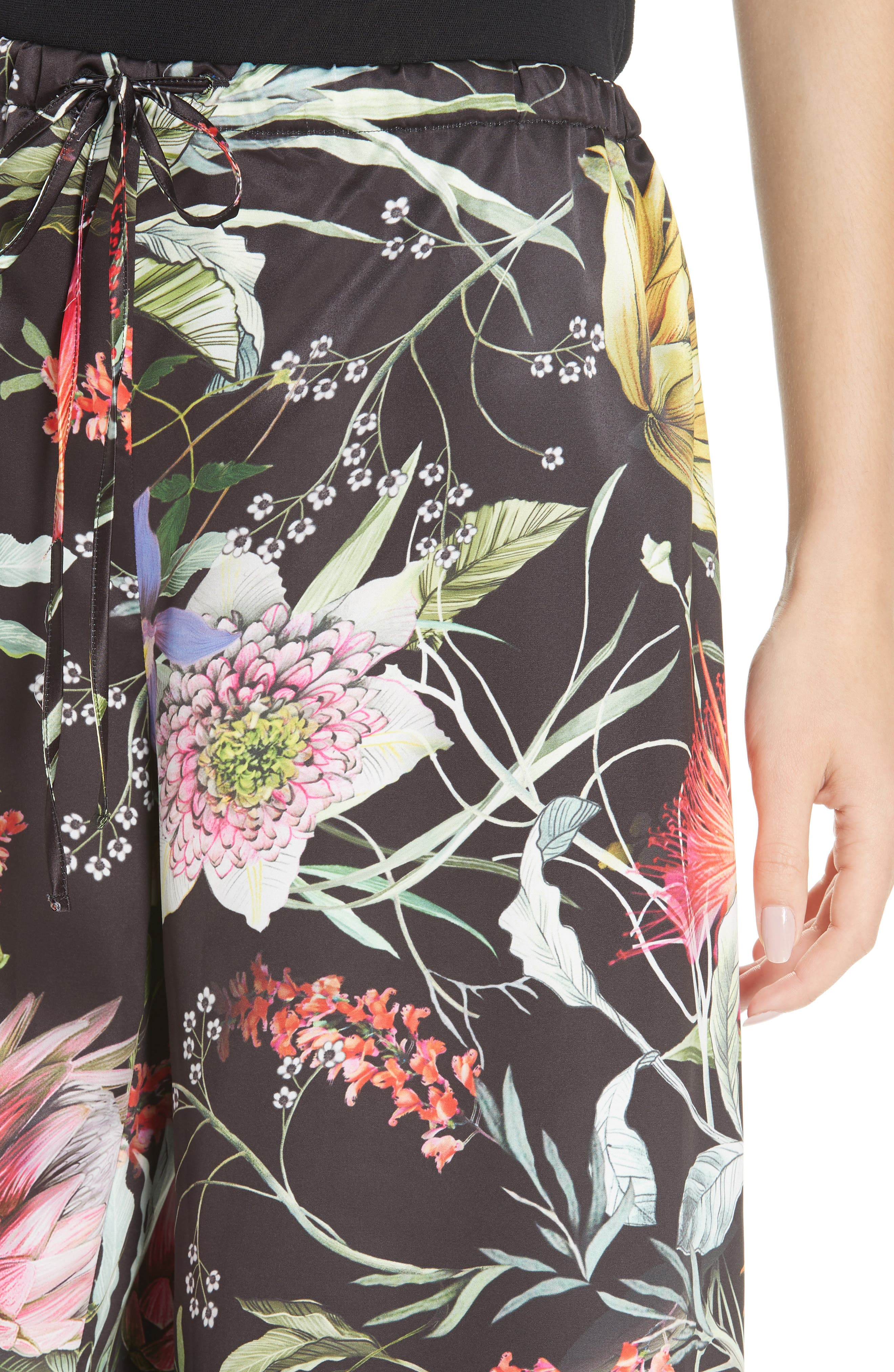 Floral Crop Wide Leg Pants,                             Alternate thumbnail 4, color,                             NERO