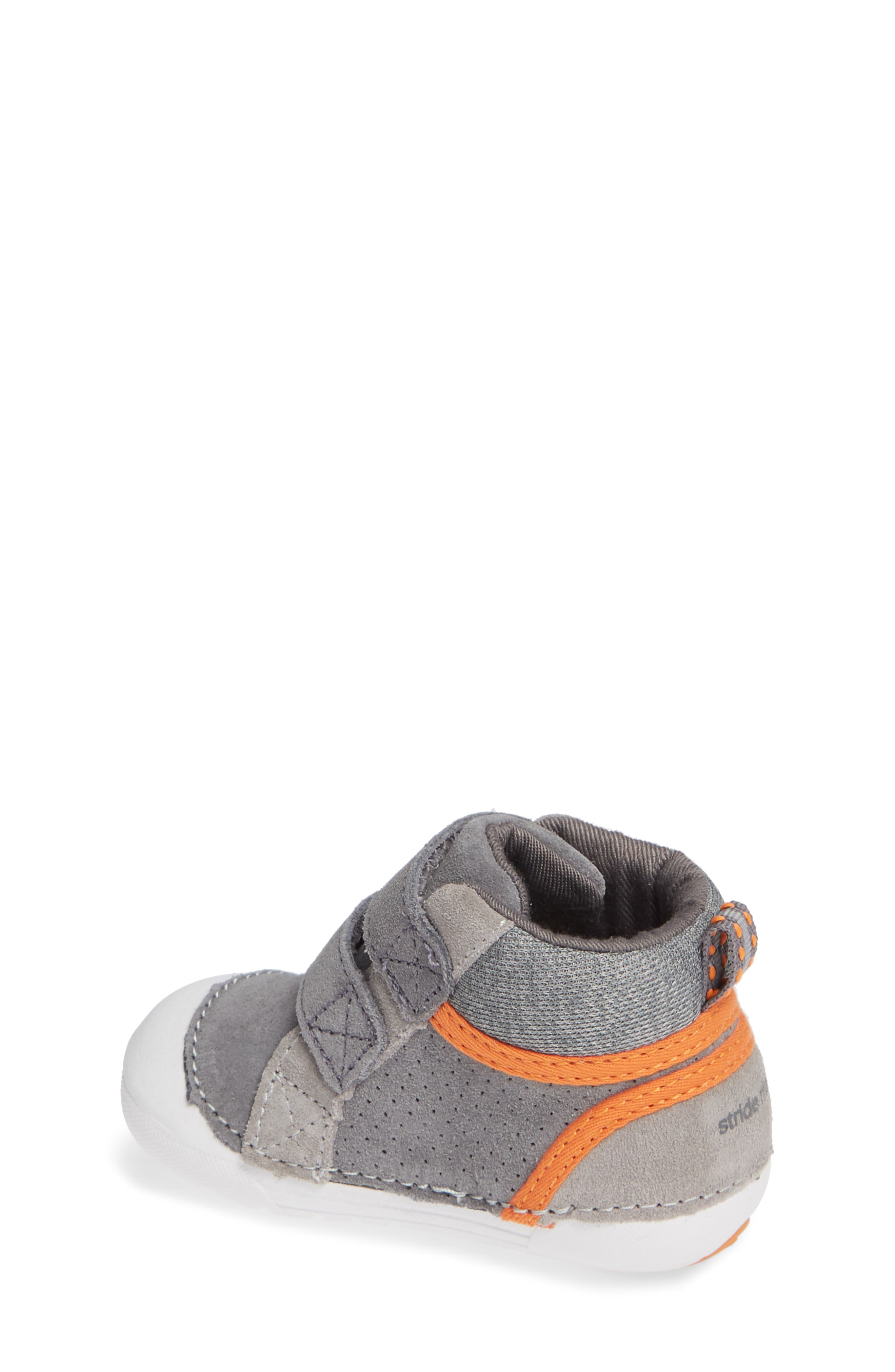 Soft Motion<sup>™</sup> Milo High Top Sneaker,                             Alternate thumbnail 2, color,                             GREY