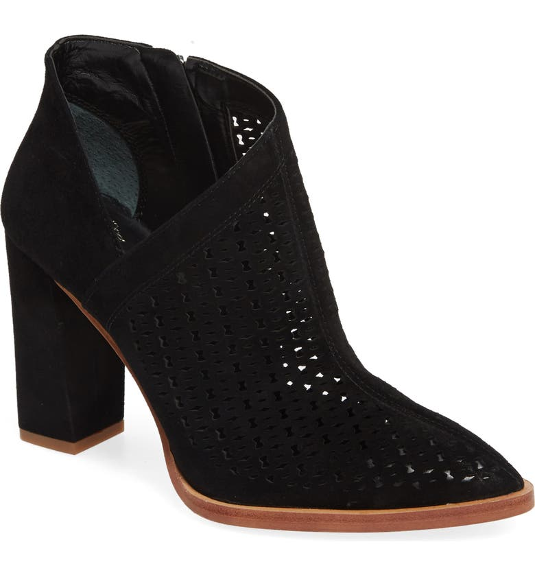 Check Prices Vince Camuto Lorva Shoe (Women) Best Deals