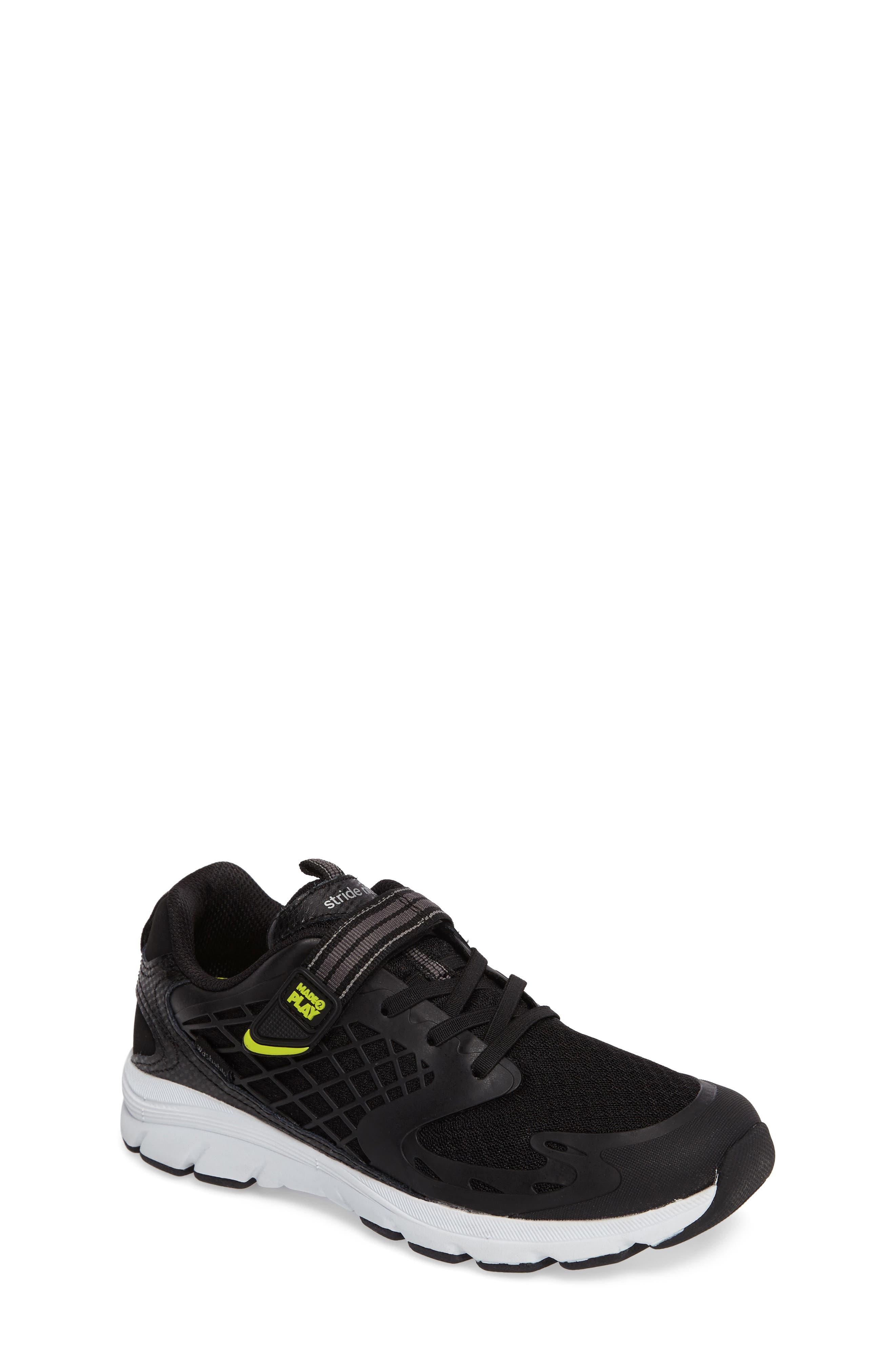 STRIDE RITE Made 2 Play Breccen Sneaker, Main, color, 001