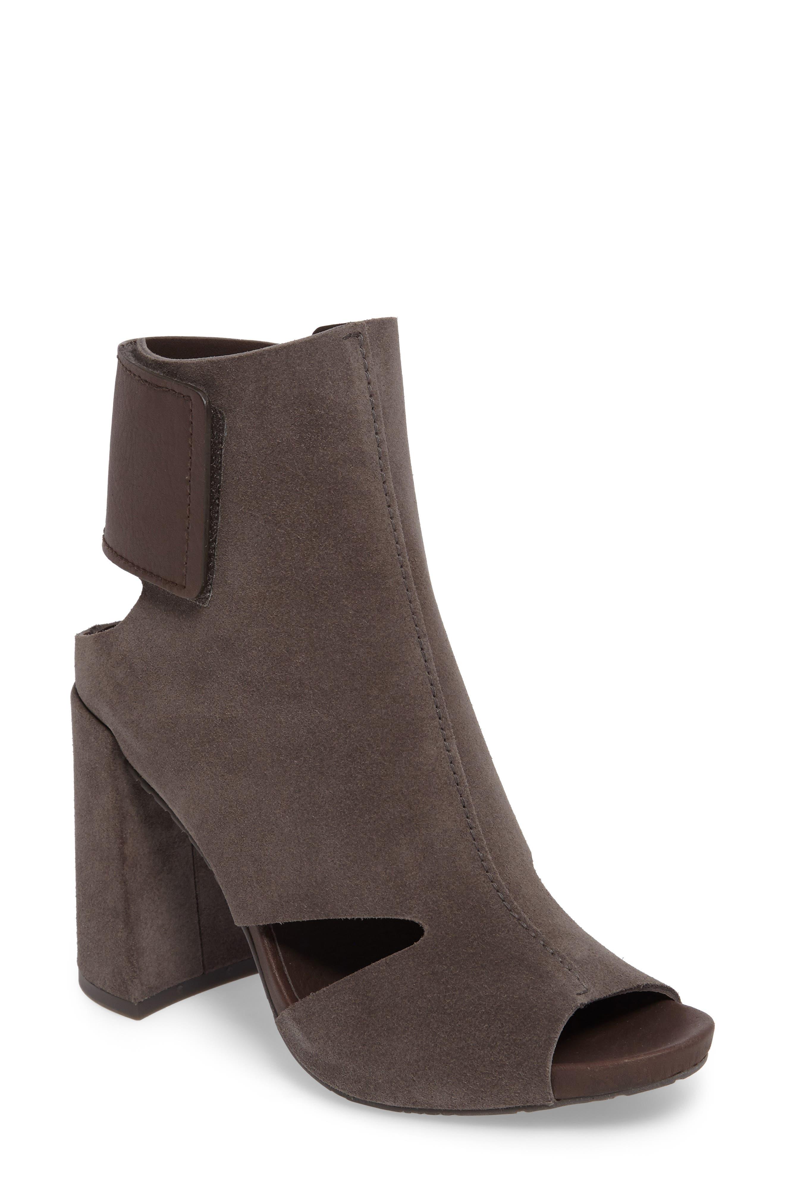 Yeca Block Heel Bootie,                         Main,                         color, 020