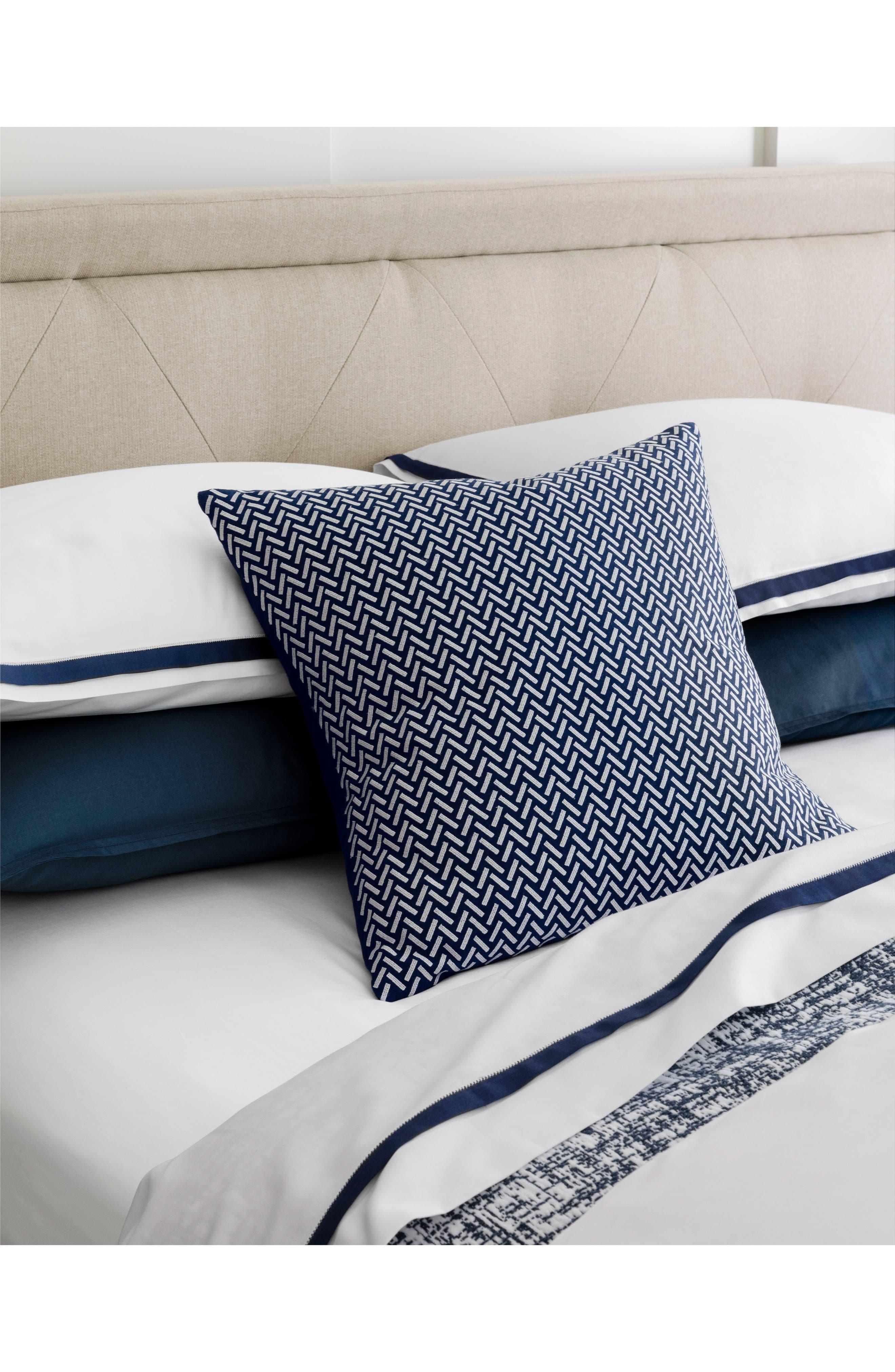 Corana Linen Pillow,                             Alternate thumbnail 4, color,                             NAVY/WHITE