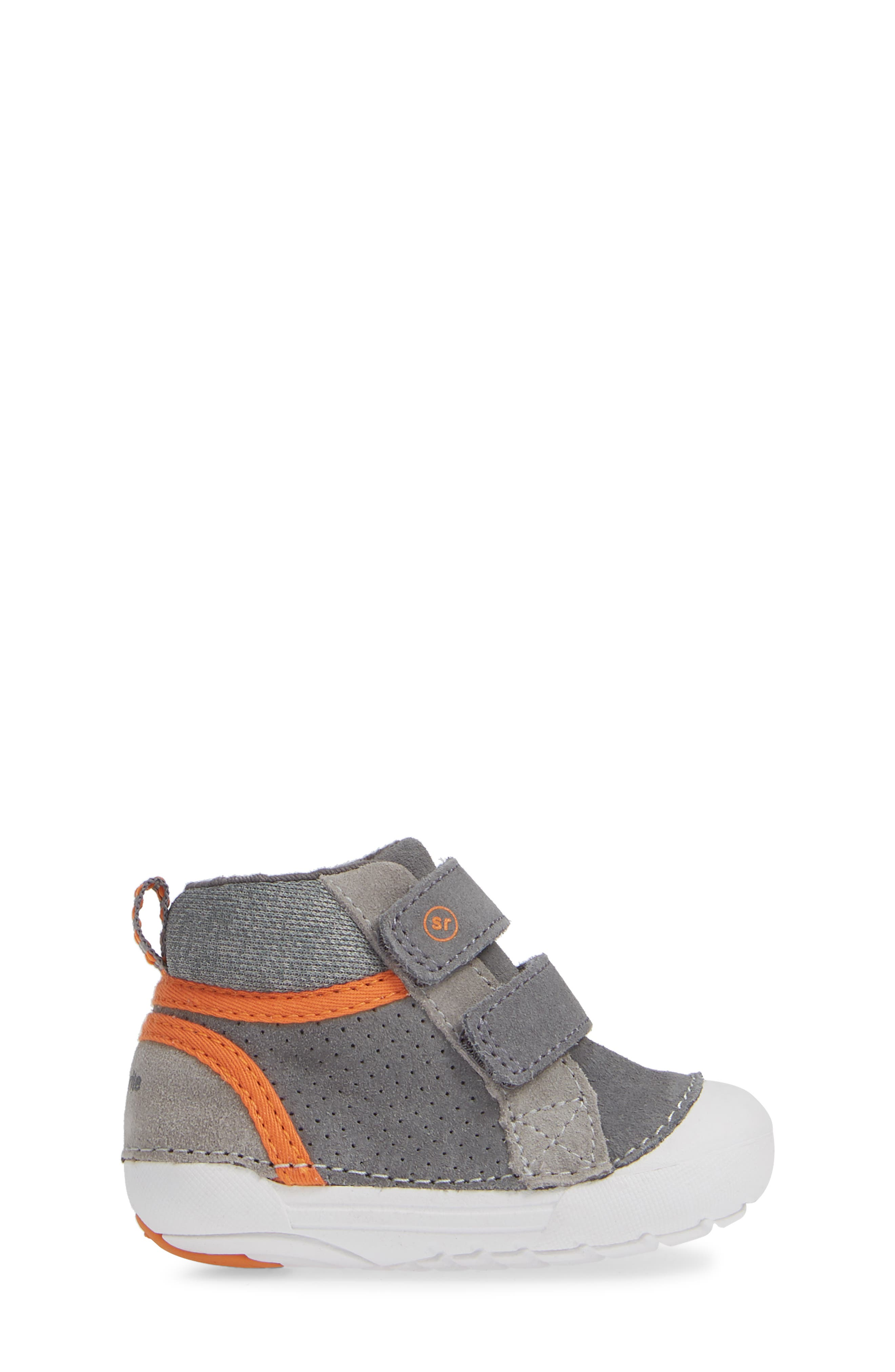 Soft Motion<sup>™</sup> Milo High Top Sneaker,                             Alternate thumbnail 3, color,                             GREY